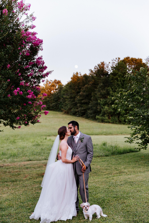 greenville-wedding-photographer-couple-kissing-000173.JPG