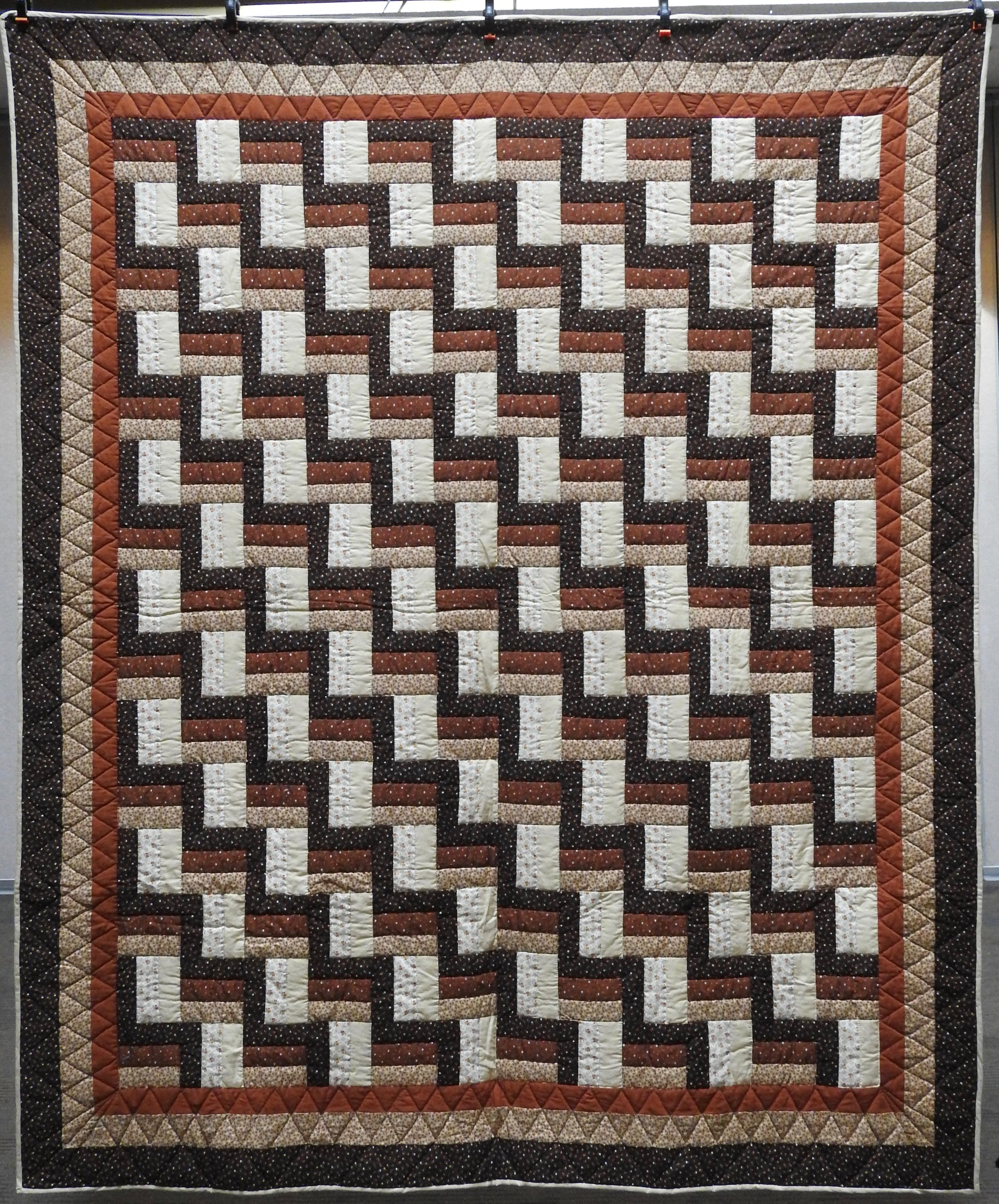 Woodsy Zig Zag 1, Pieced, Hand Quilted, donated by Lias Graber, 77 x 93