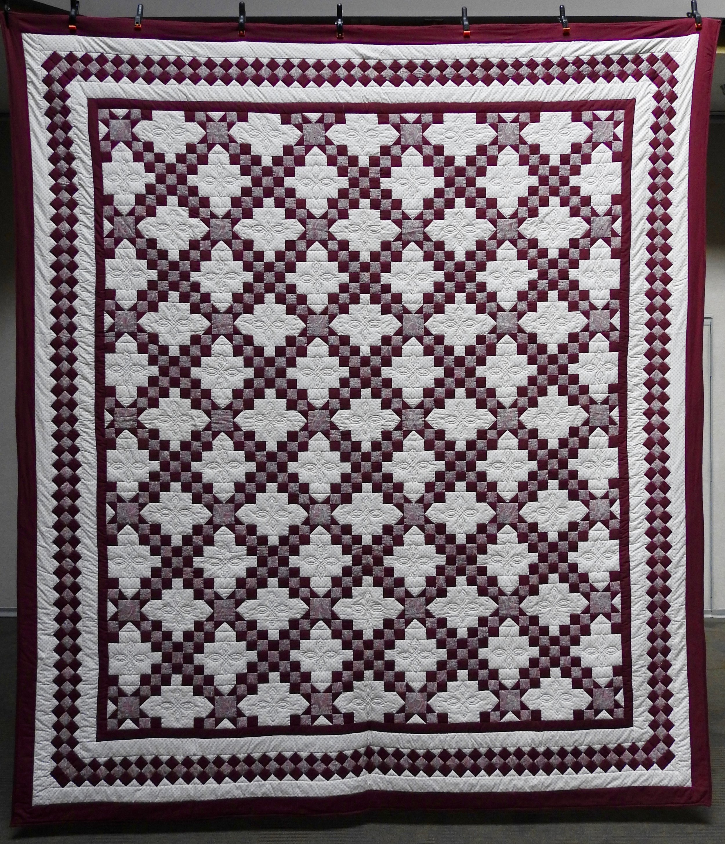 """Double Irish Chain Star, Pieced & Hand Quilted, 100 x 111"""""""