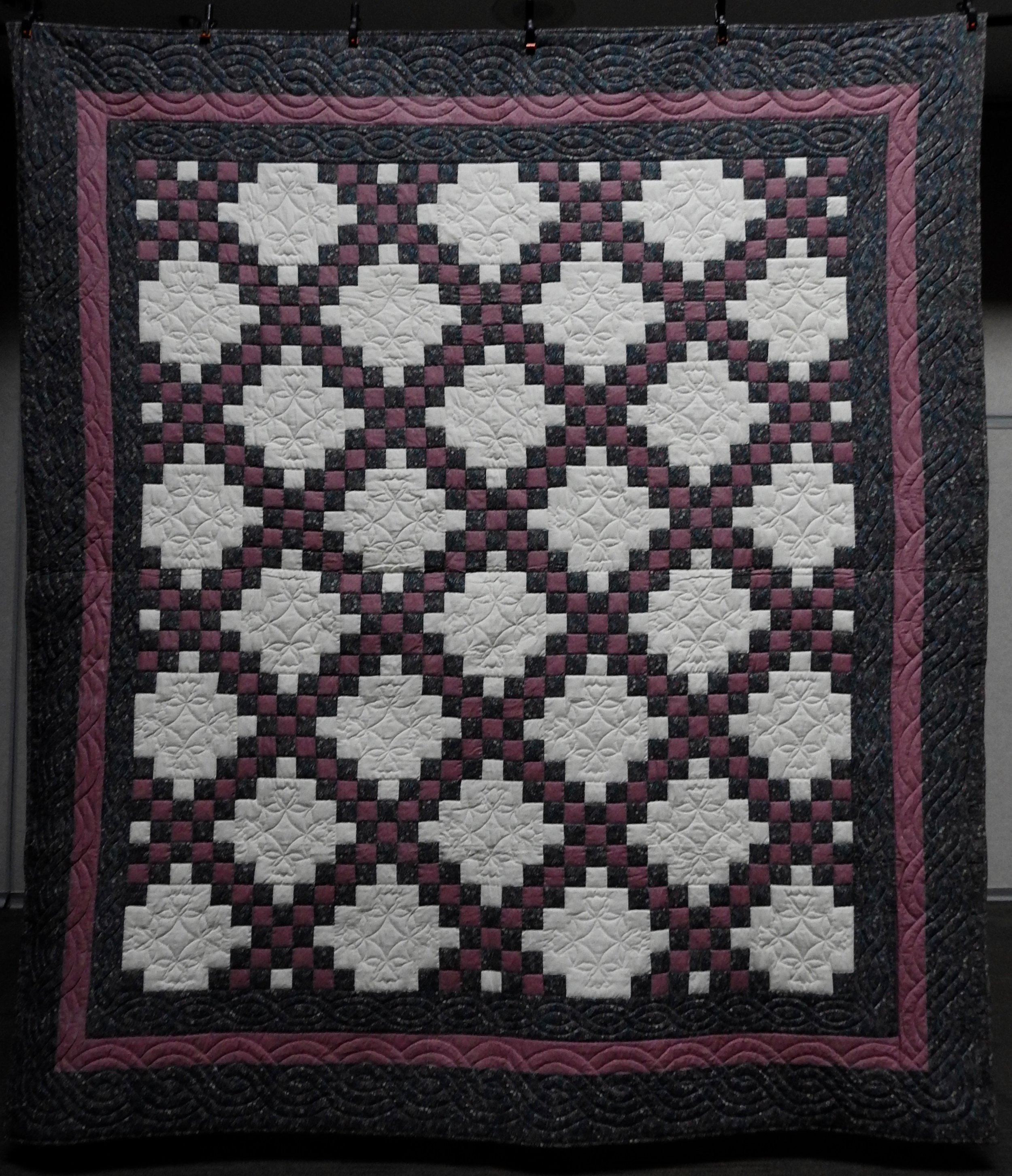 Double Irish Chain, Pieced  by L. Thomas, Hand Quilted, Signed & Dated, 93 x 106