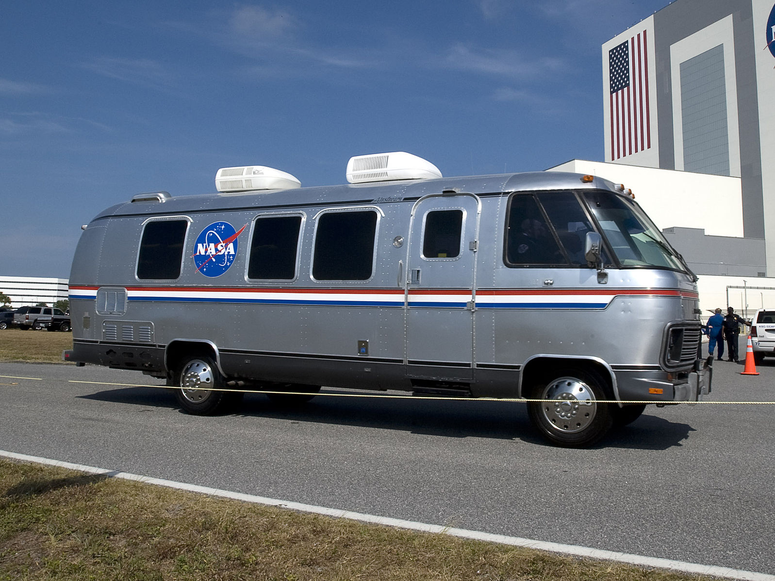 NASA_Astrovan