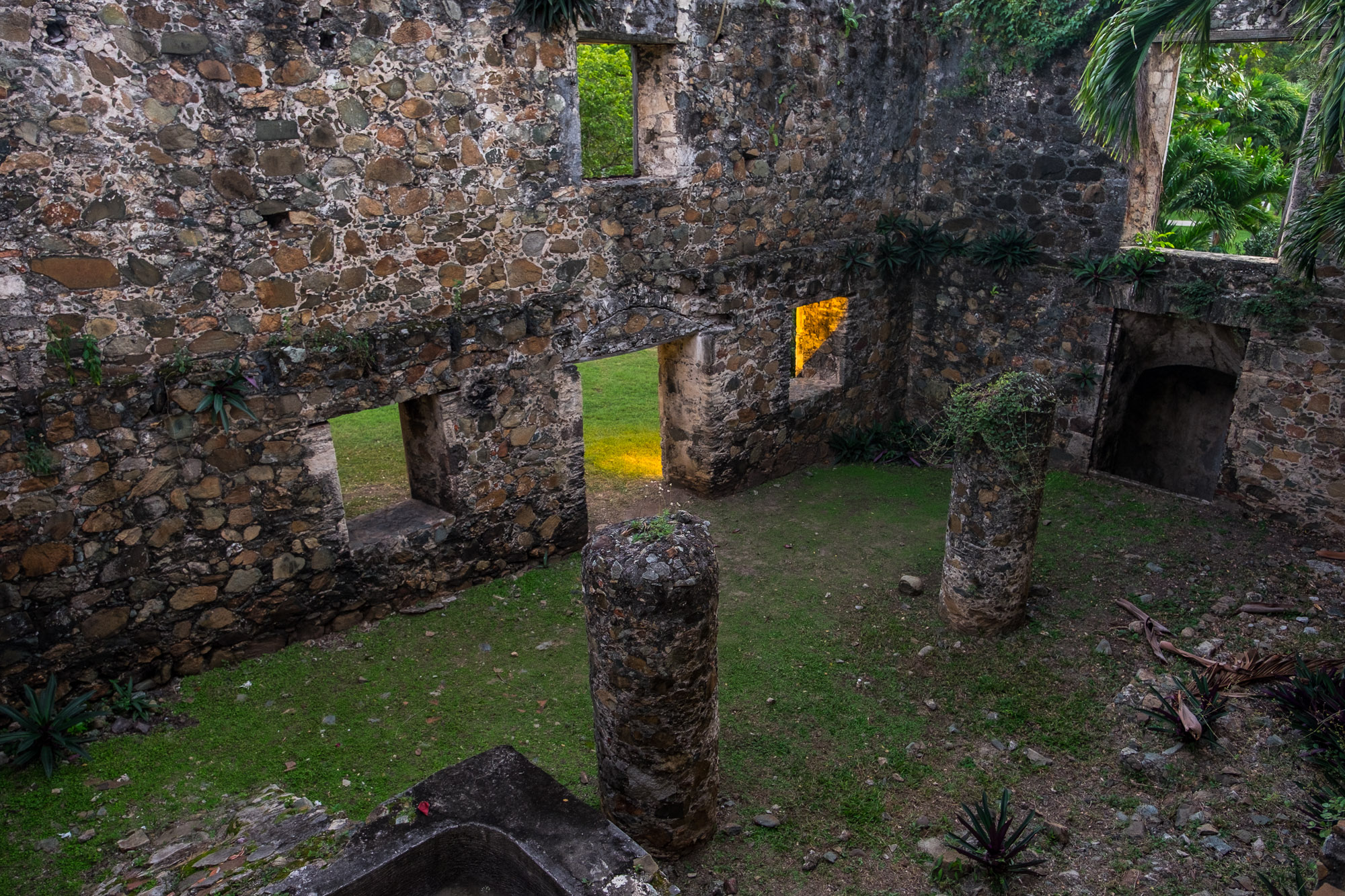 One of the rooms at sugarmill ruins.