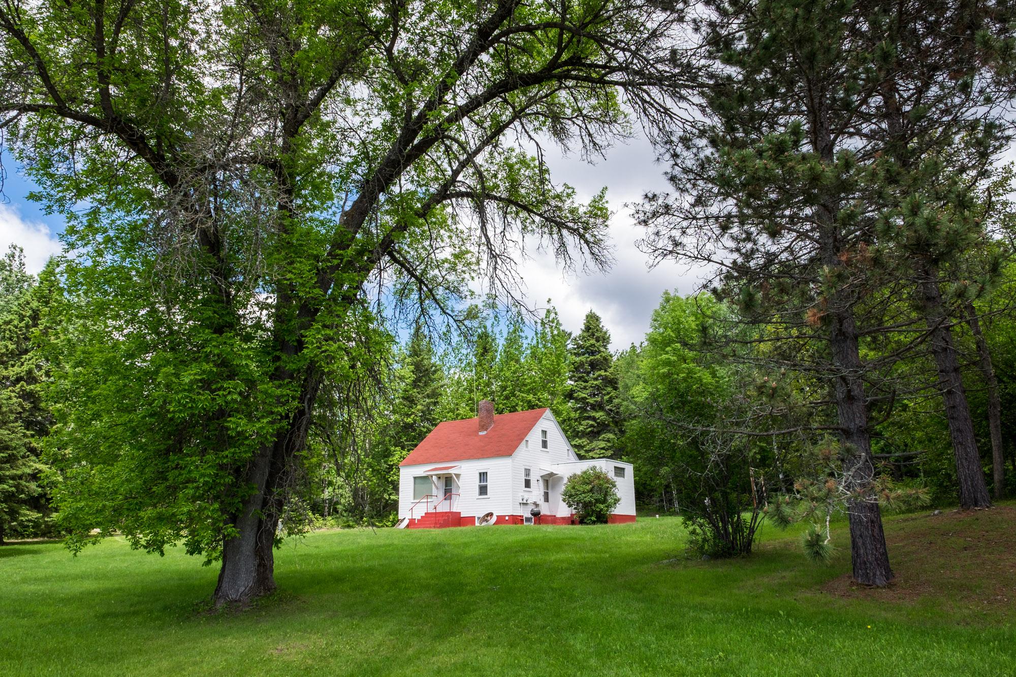 Pretty country home.