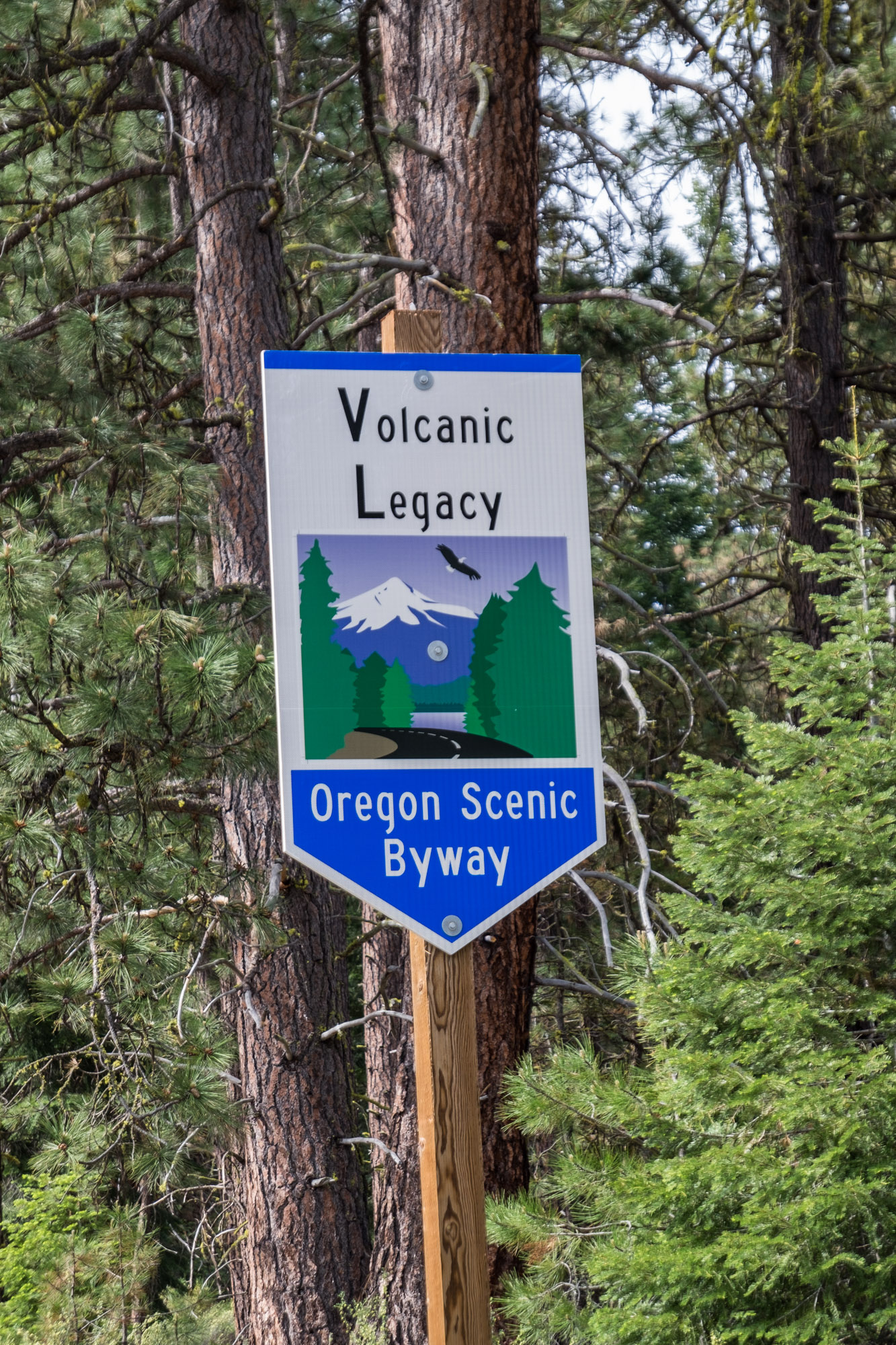 The entrance is along an Oregon Scenic Byway.