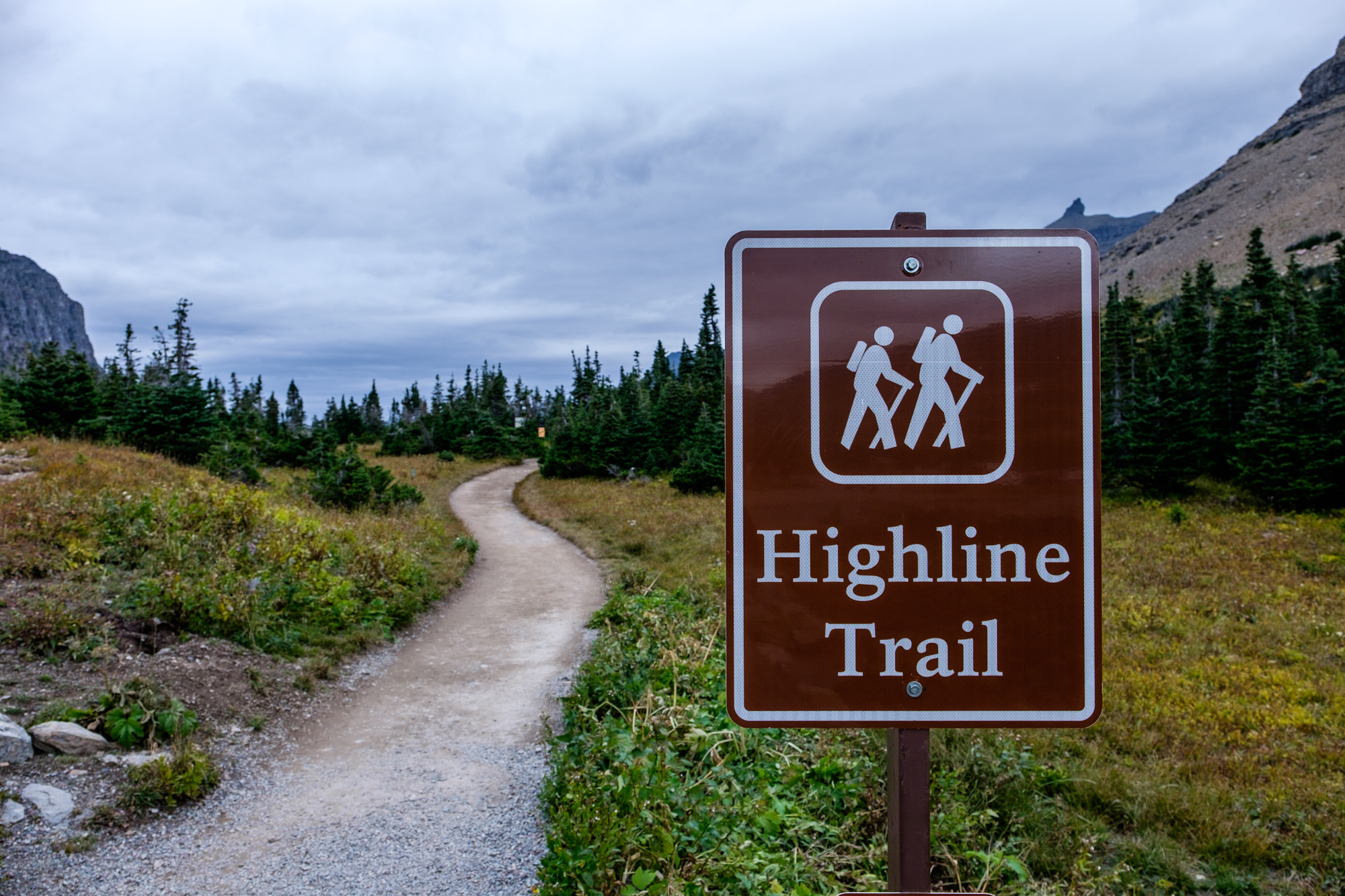 Another epic hike that we highly suggest: the Highline Trail.