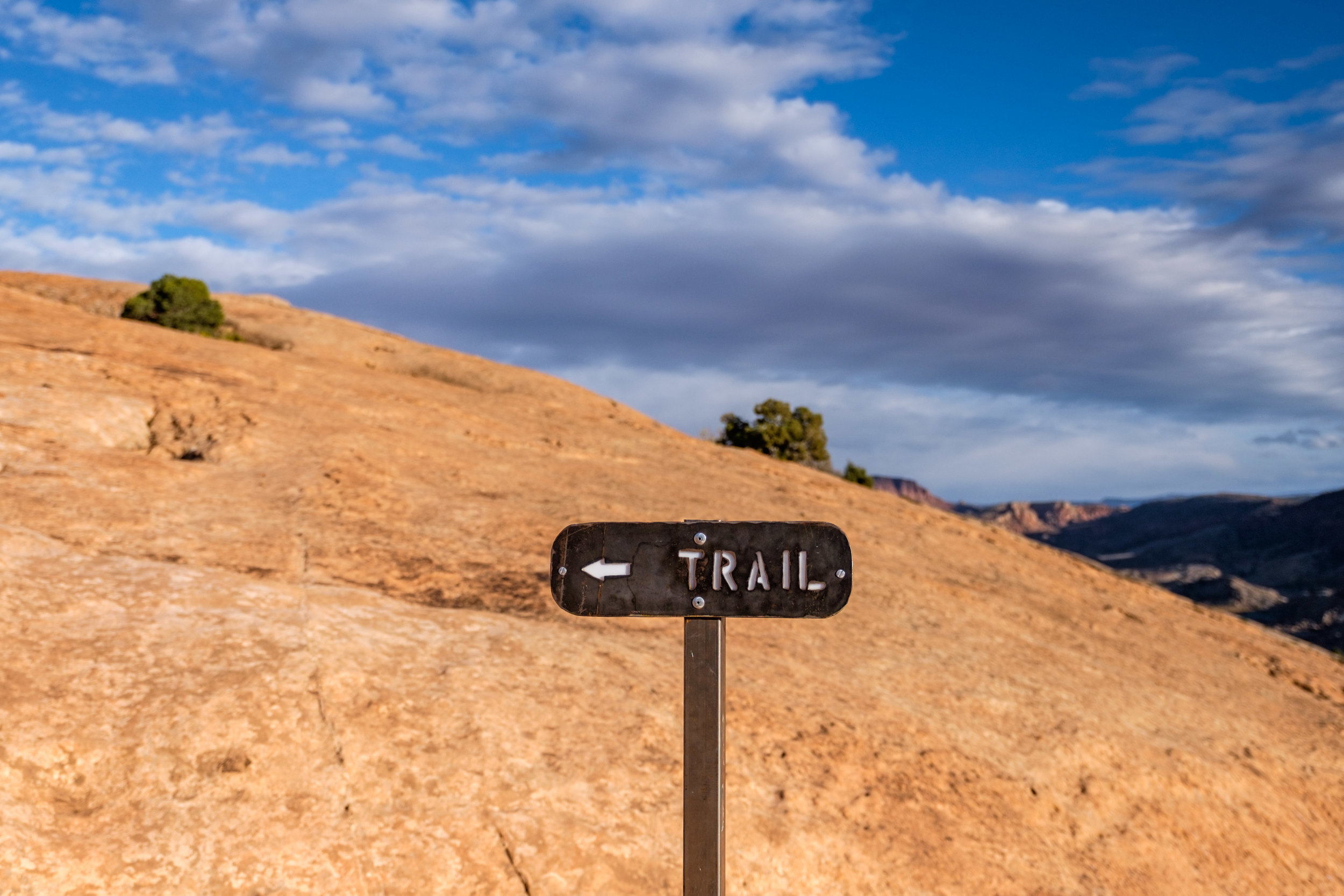 This way to Delicate Arch.