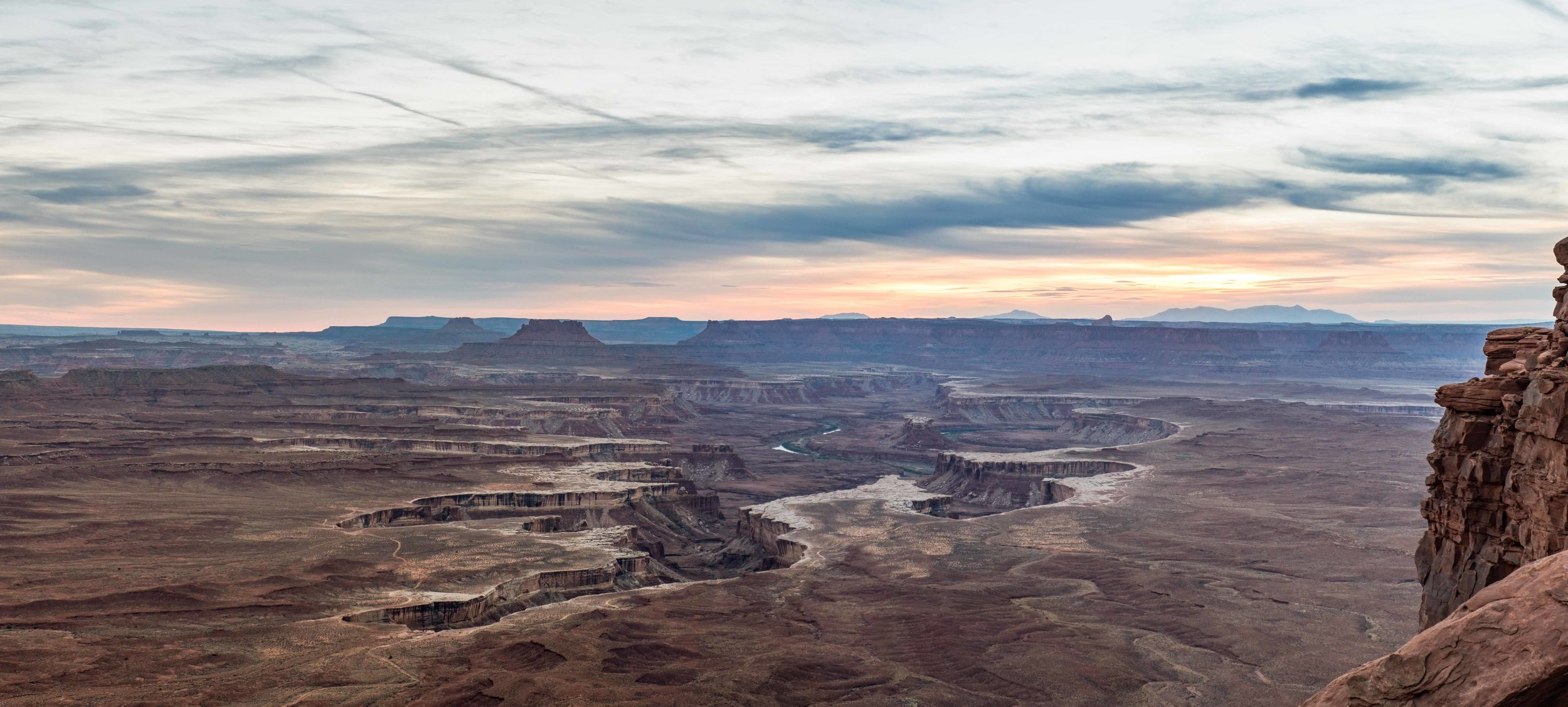 The Green River Overlook is an ionic viewpoint.