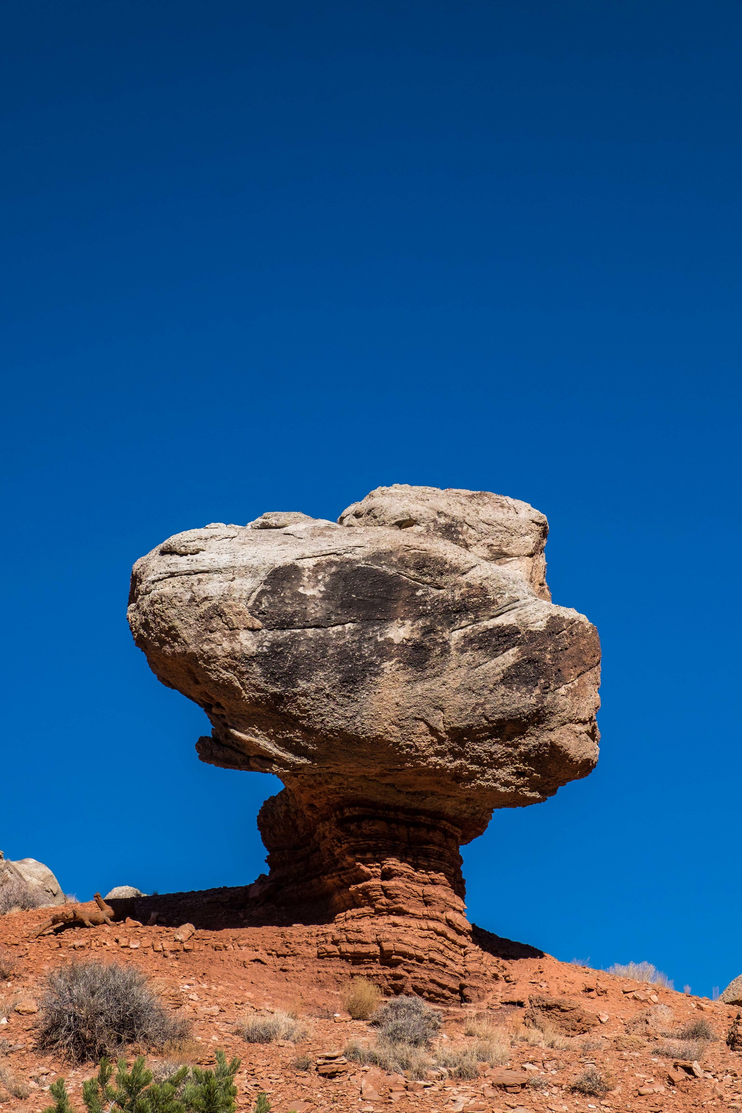 We saw this cool balanced rock along the road, not sure if it has a name...
