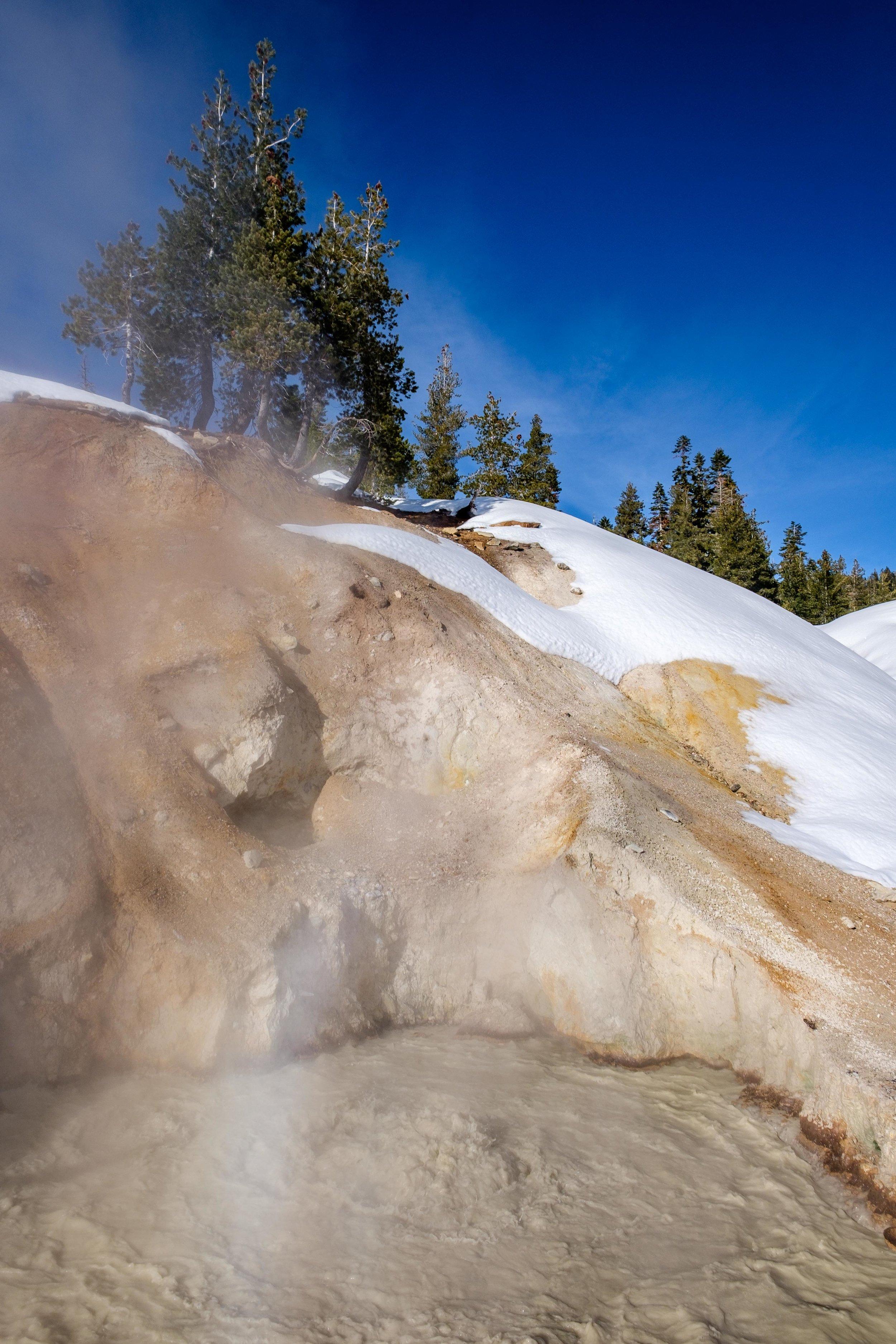 Lassen Volcanic National Park - 013.jpg