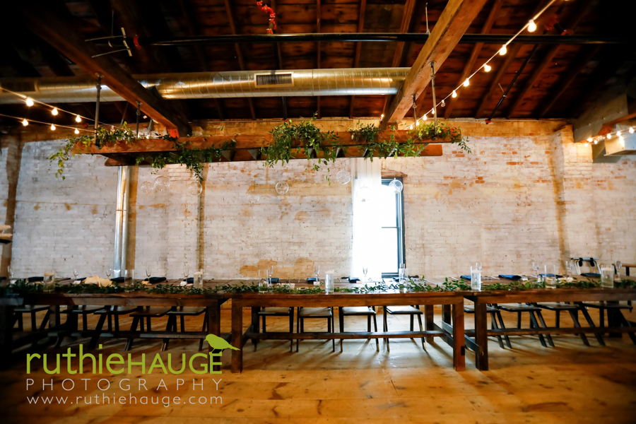 madison wisconsin - homestead wisconsin - wedding floral design - the lageret stoughton wisconin - madison weddings - wedding florist