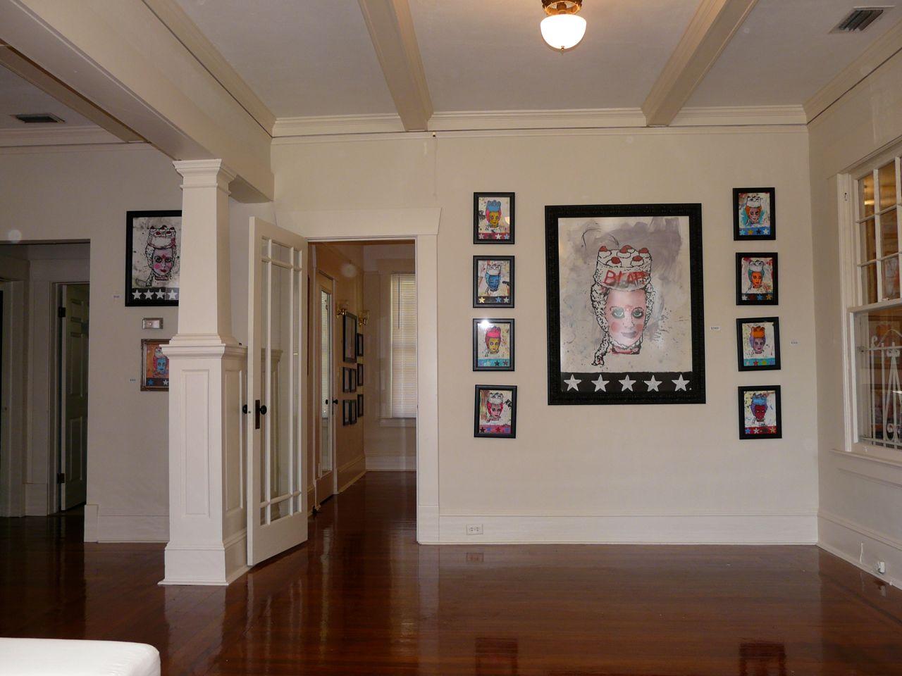 versus gallery interior.jpg