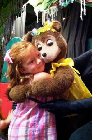 Puppet-People-Bear-Hug-show.jpg