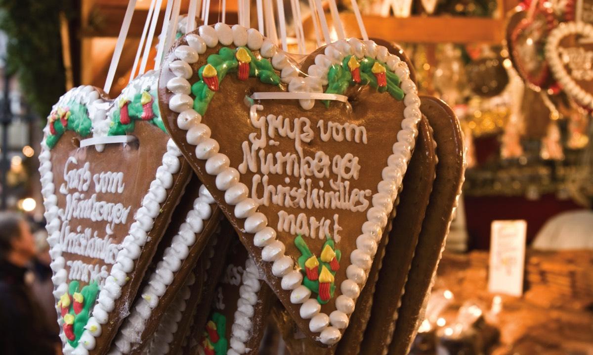 CKM_SLIDER-Ornaments.jpg
