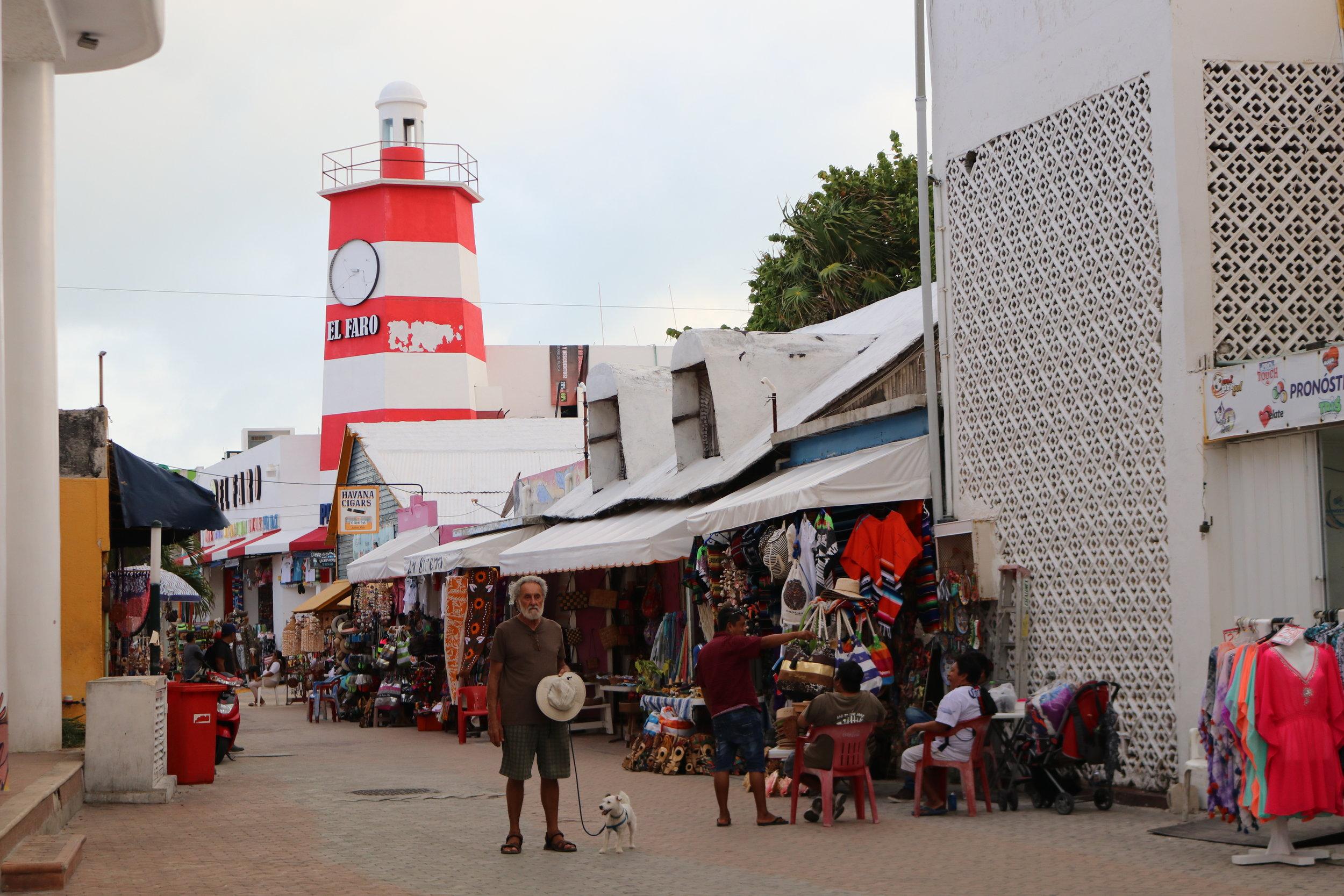 Isla Mujeres Lighthouse.JPG