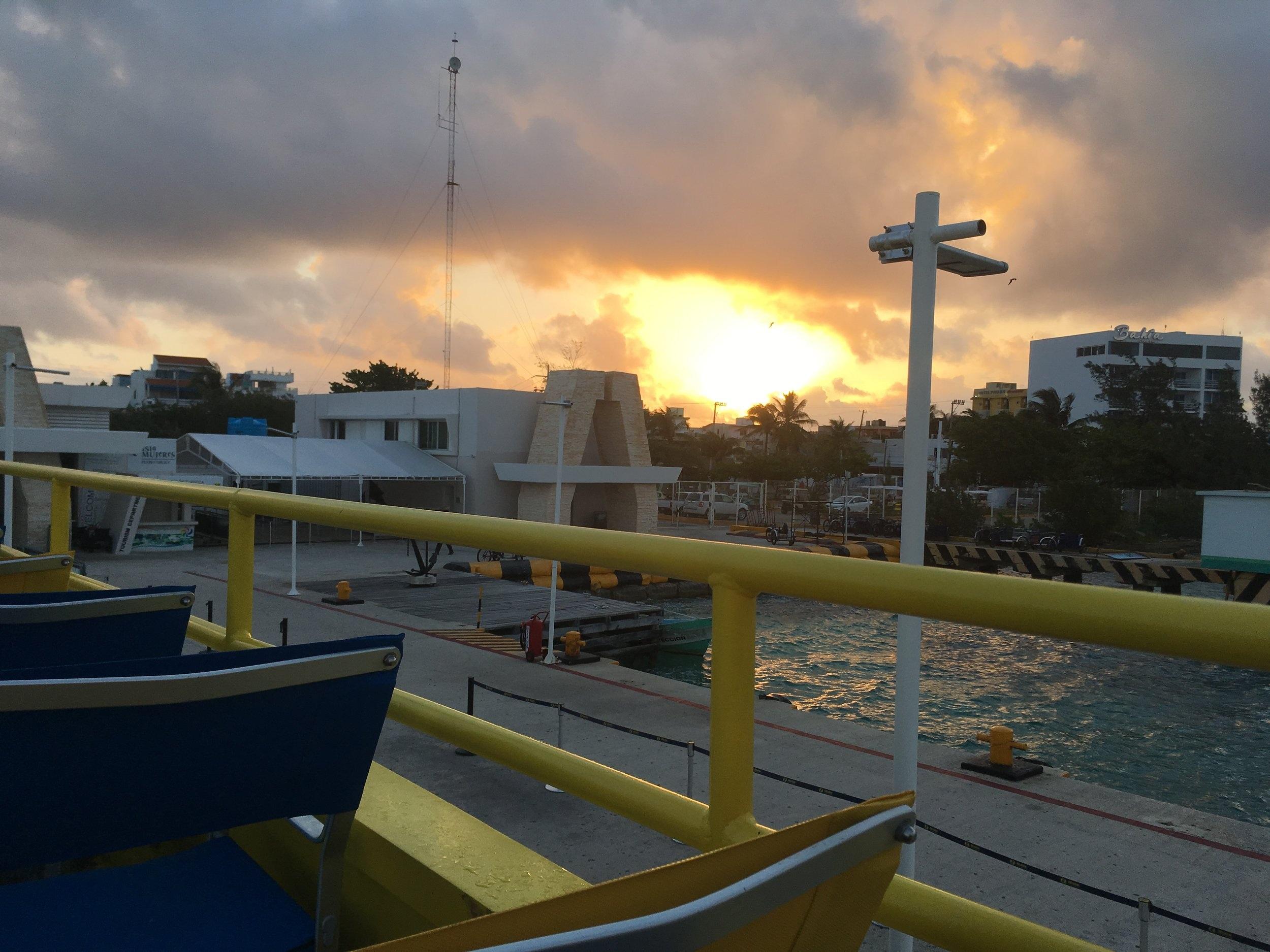 Isla+Mujeres+Sunset.jpg