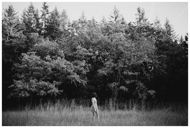 cooper_mountain_nature_park_senior_portraits_0002.jpg