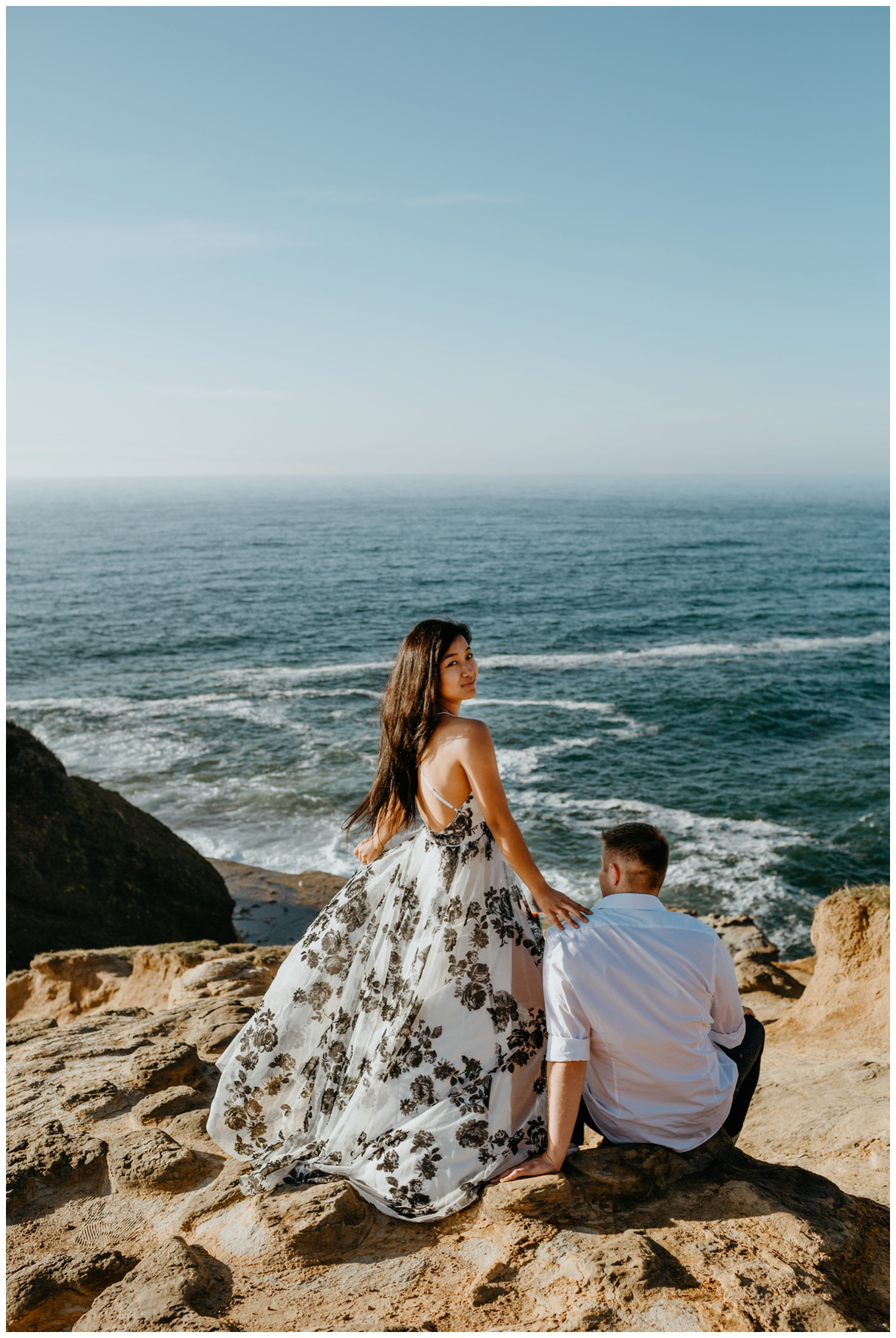 cape_kiwanda_beach_engagement_shoot_0057.jpg
