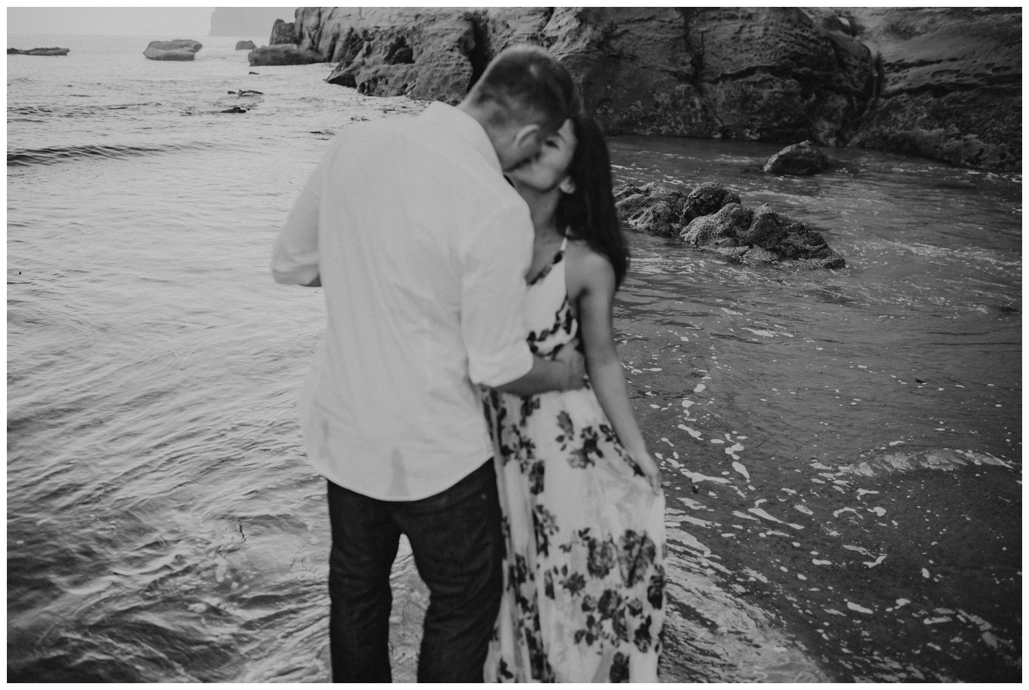 cape_kiwanda_beach_engagement_shoot_0074.jpg