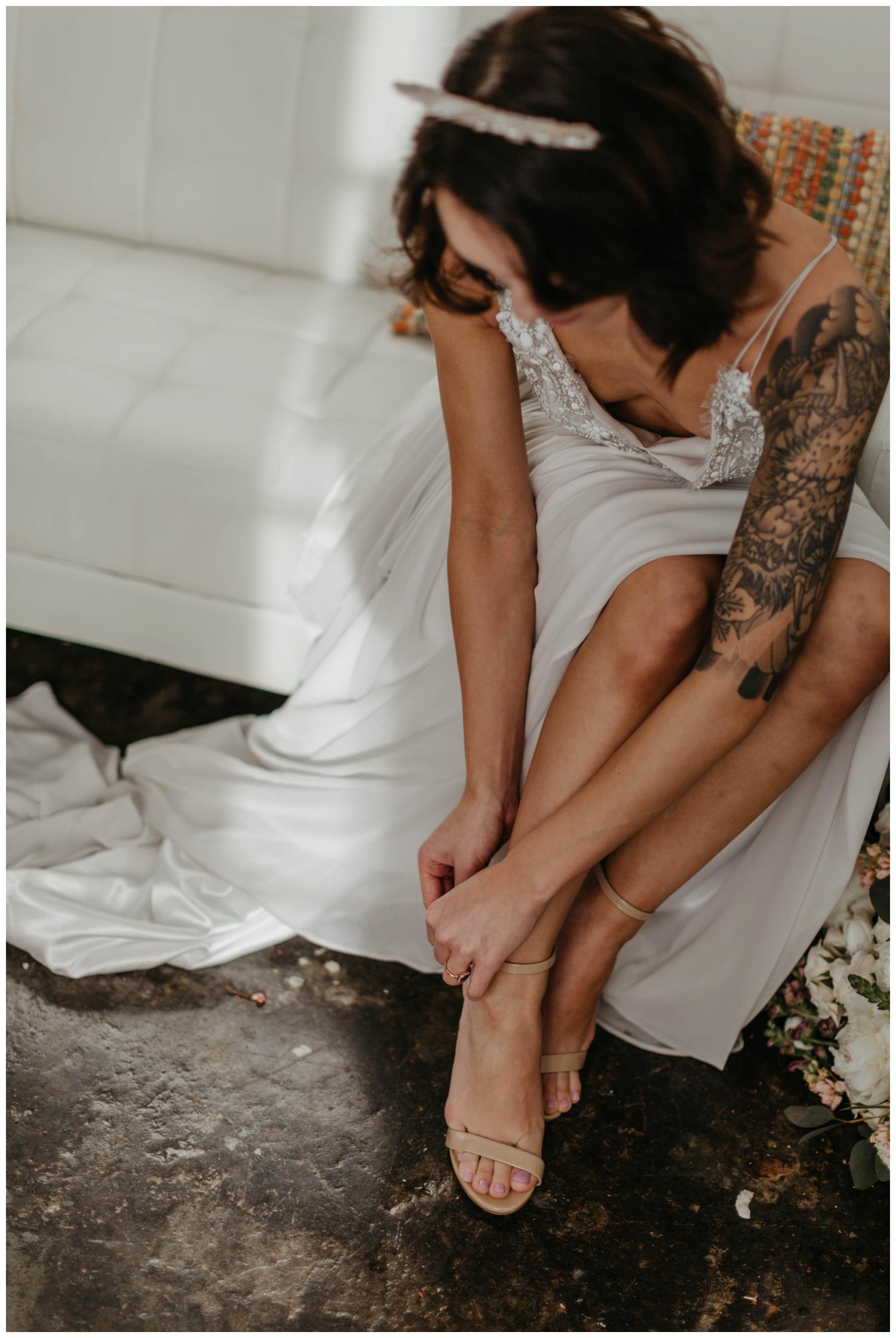 portland_studio_bridal_shoot_truvelle_alexandra_0002.jpg