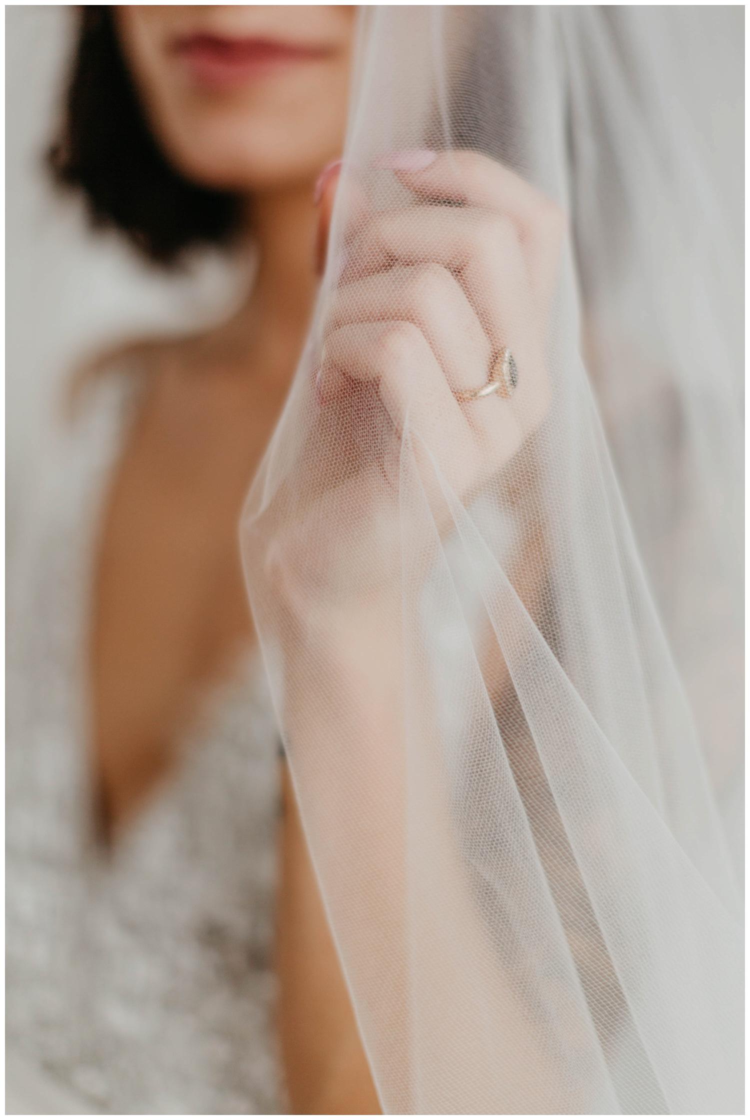 portland_studio_bridal_shoot_truvelle_alexandra_0018.jpg