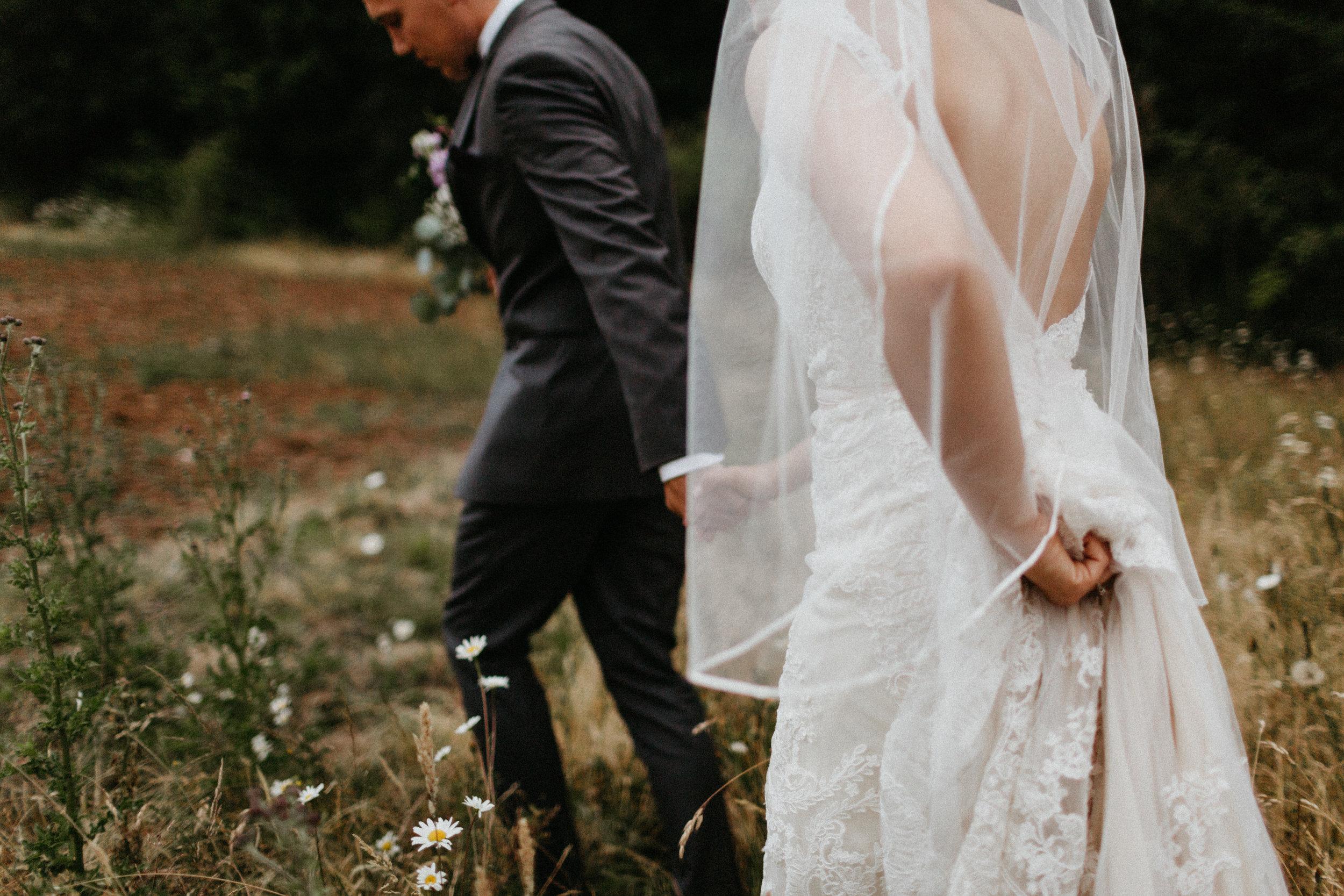 jasmine-j-photography-molalla-wedding-photographer.jpg