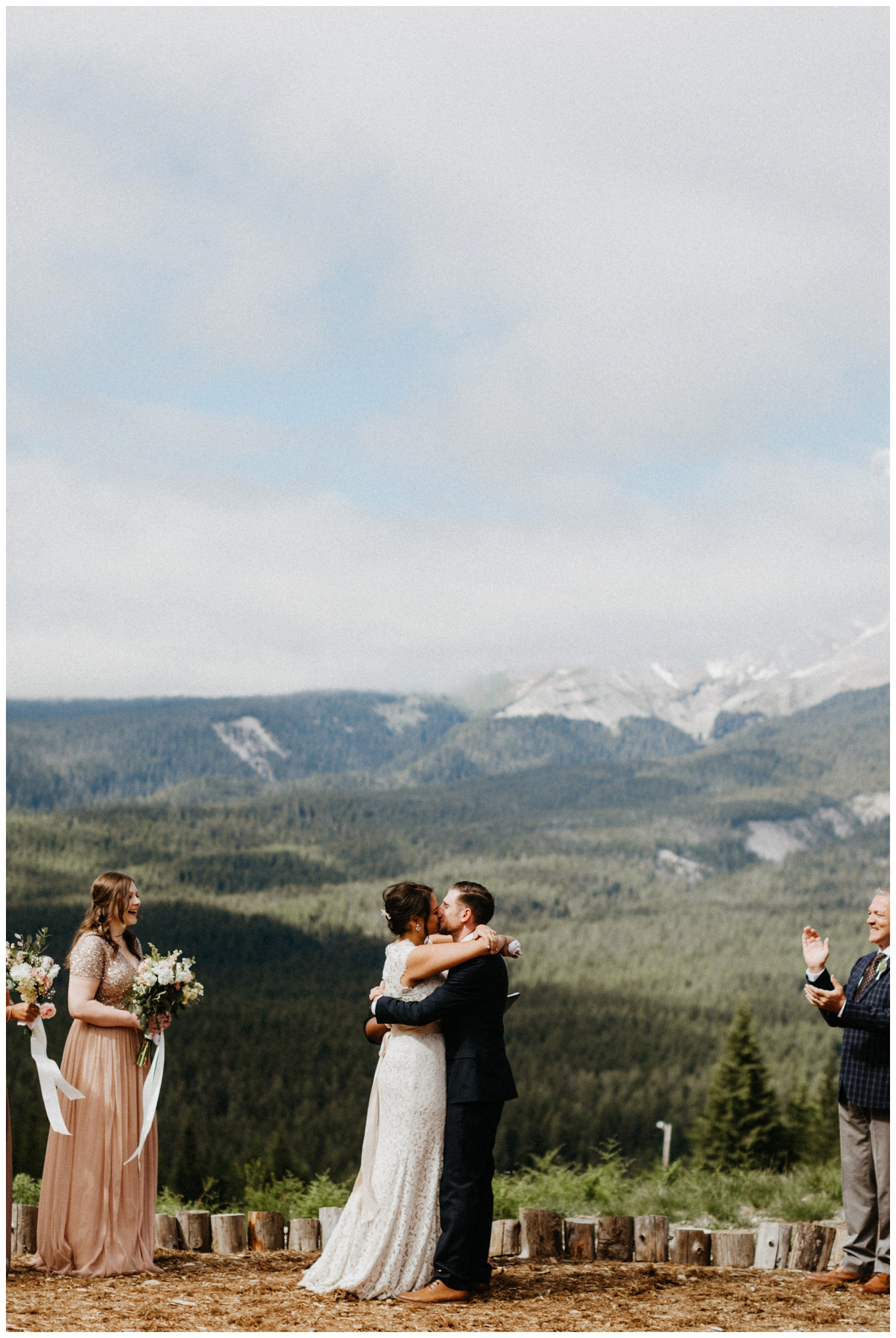 jasmine-j-photography-mt-hood-skibowl-wedding_0071.jpg