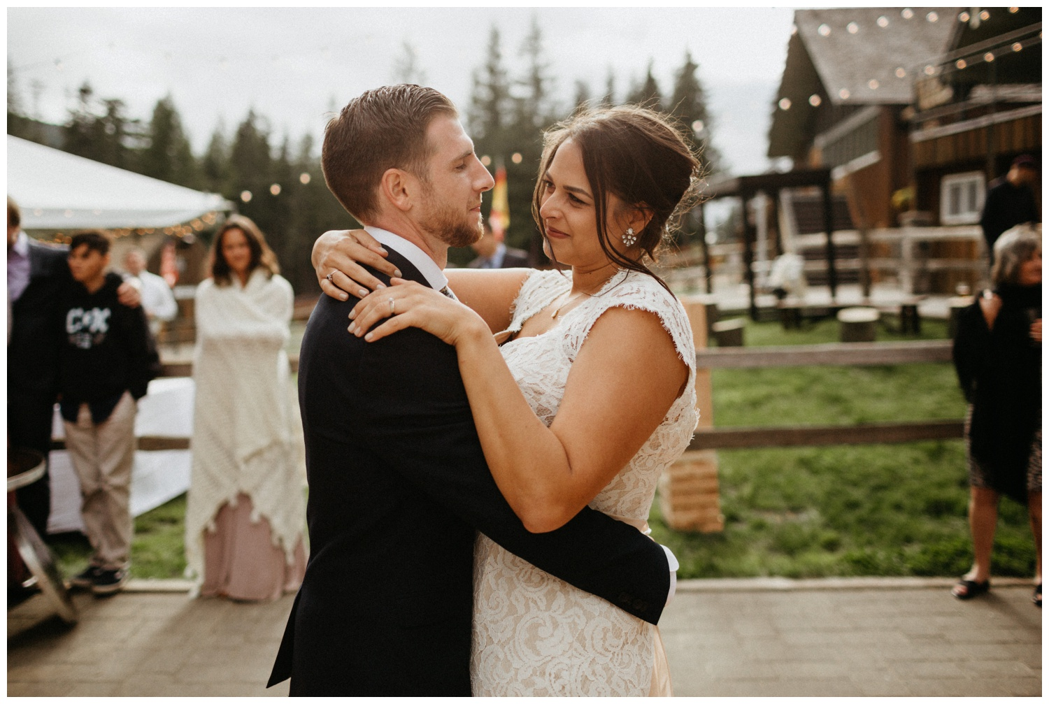 jasmine-j-photography-mt-hood-skibowl-wedding_0094.jpg