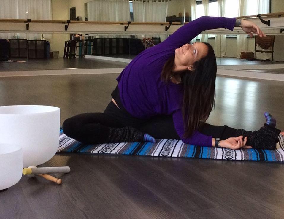 Rose Velasco - Happy Hips & Shoulders Creator & Yoga Instructor