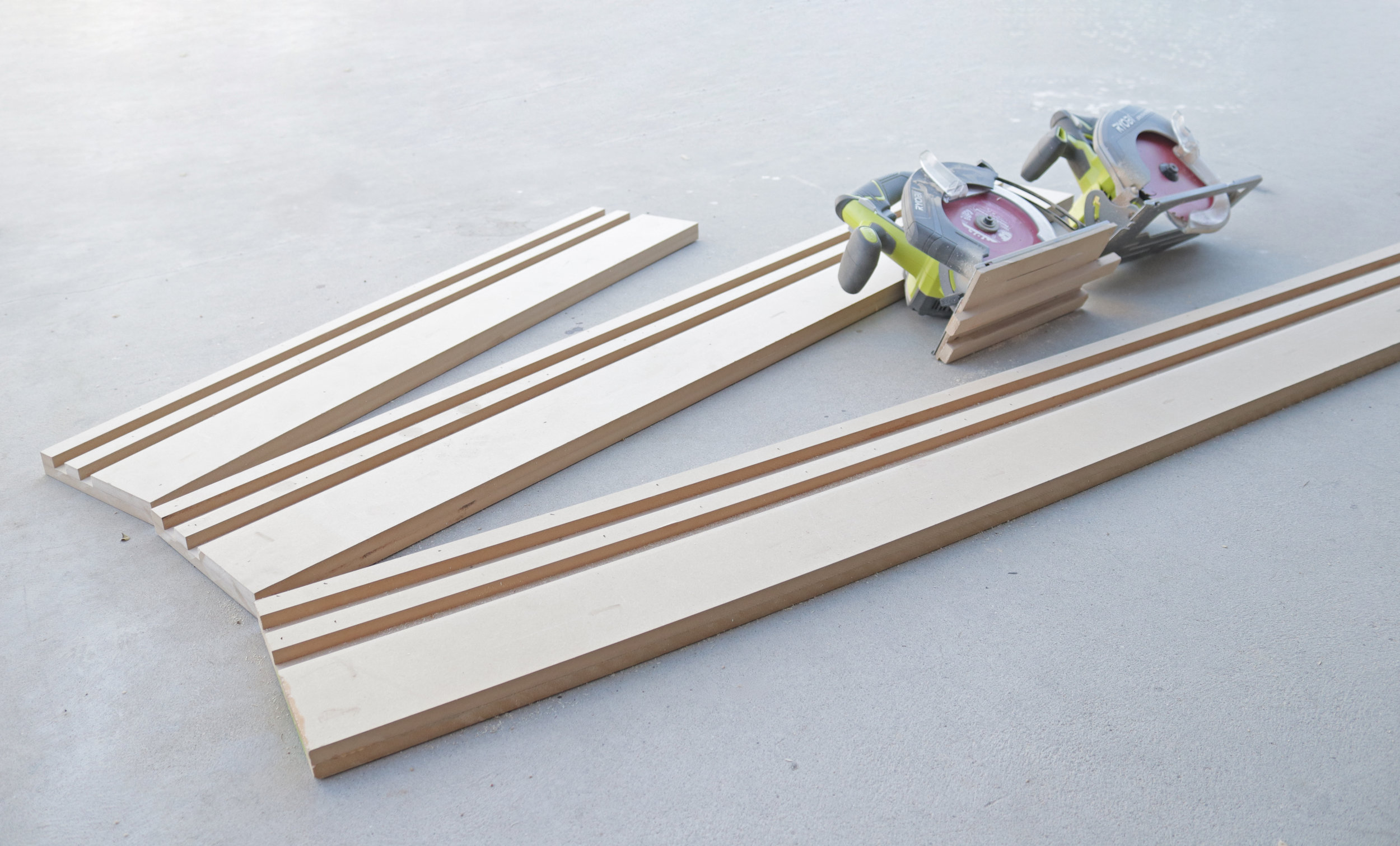 DIY Track Saw Guide for standard Circular Saw. By: Mike Montgomery | Modern Builds