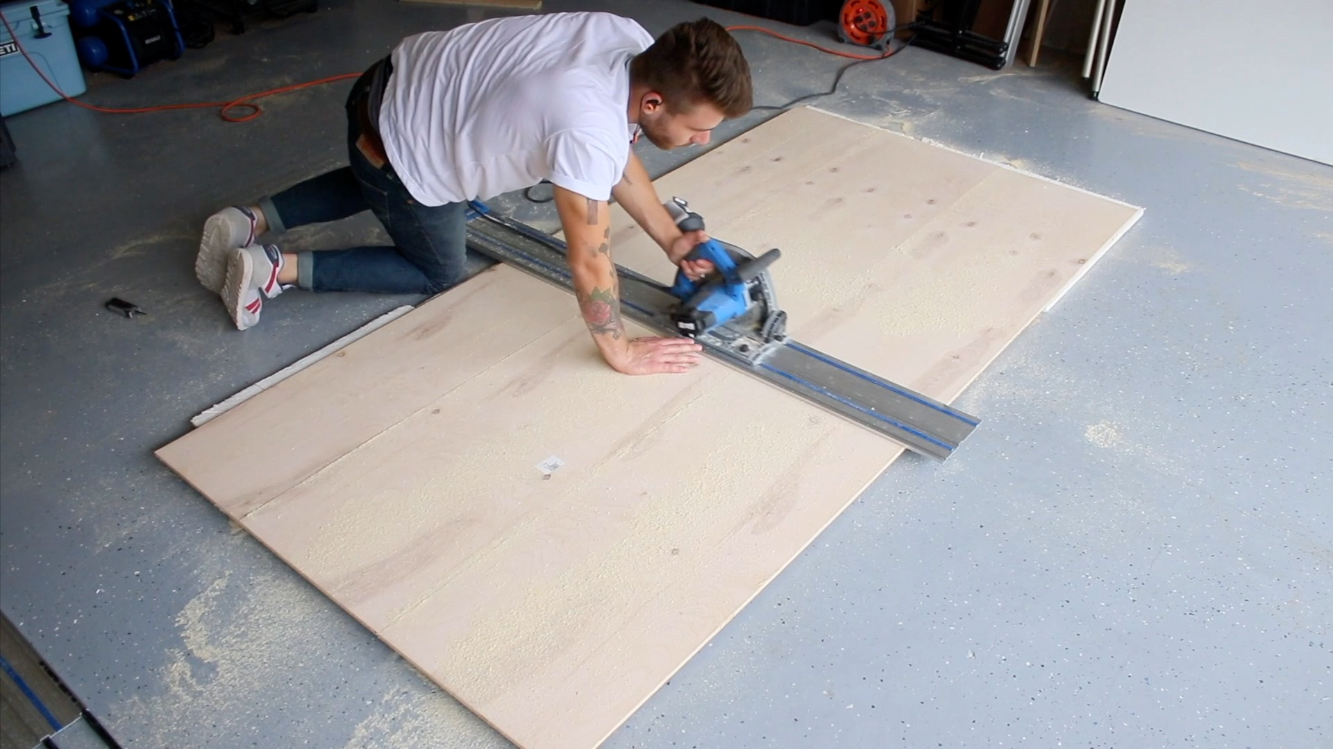 Making Plywood Floors || Modern Builds