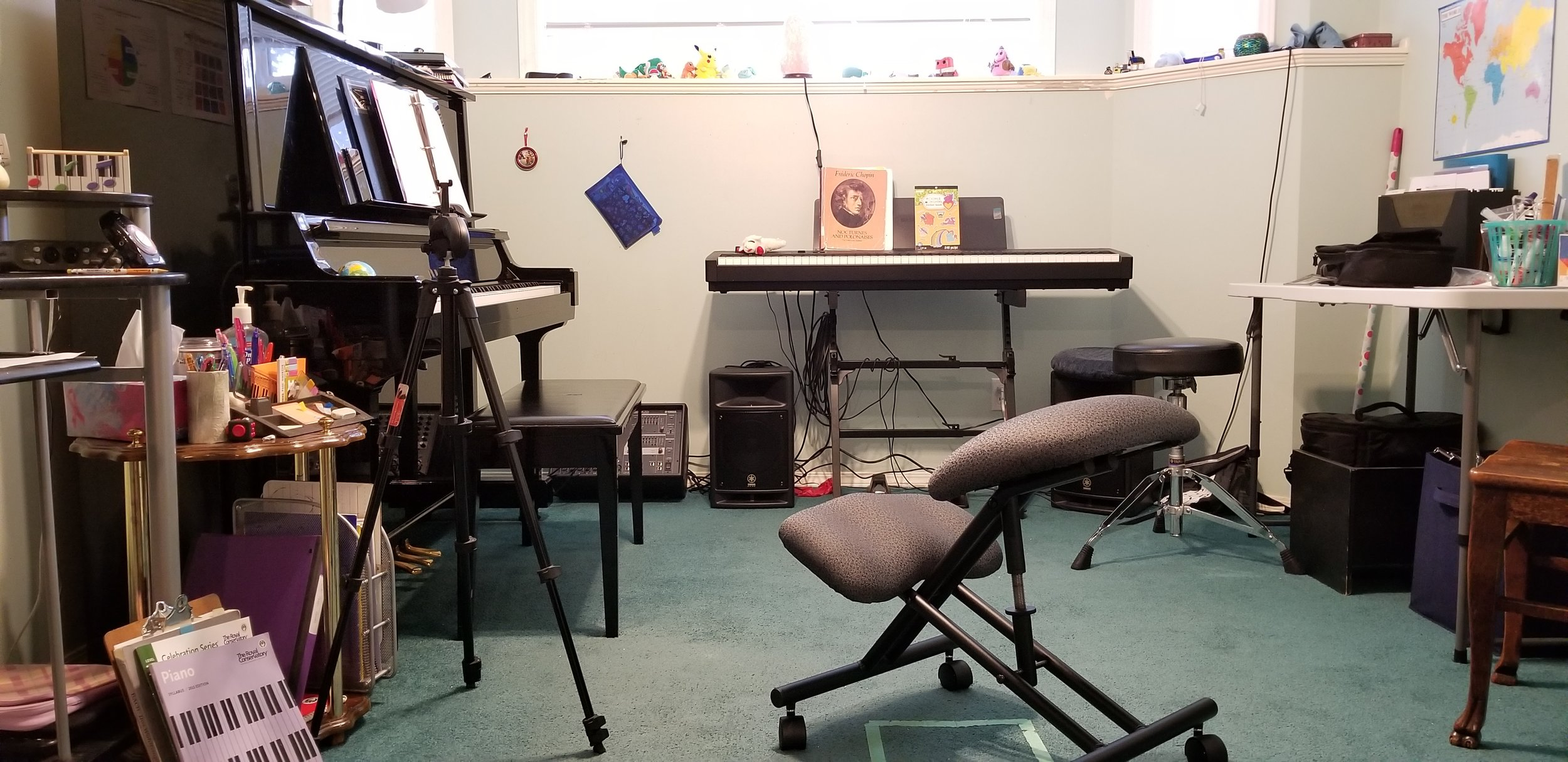 It was extremely easy to reconfigure my piano studio in such as way that I could take it easy on my back. Credit: R-M Arca.