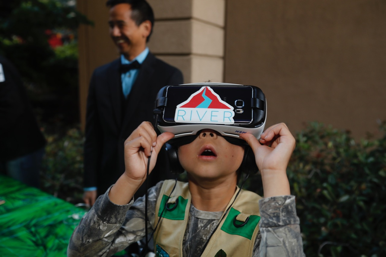A boy is lost in virtual reality. Our friend Conan Low (DreamWorks) in the background.