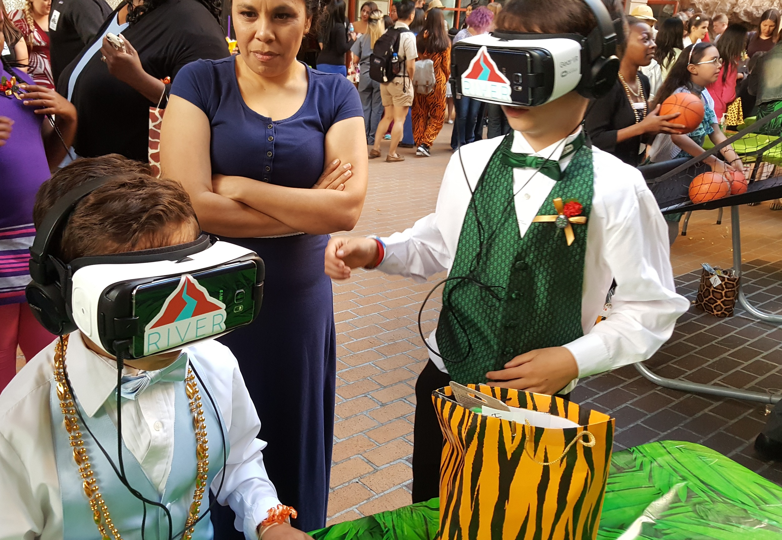 There were over 300 attendees dressed up in glamorous tuxedos and formal attire.