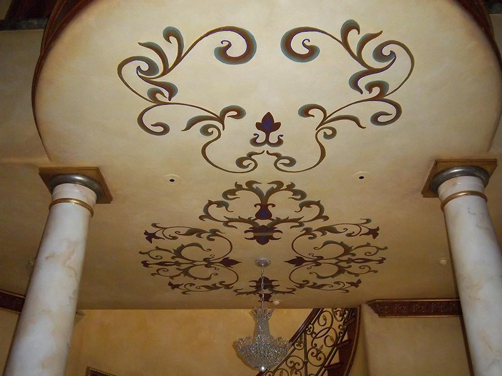ceiling column.JPG