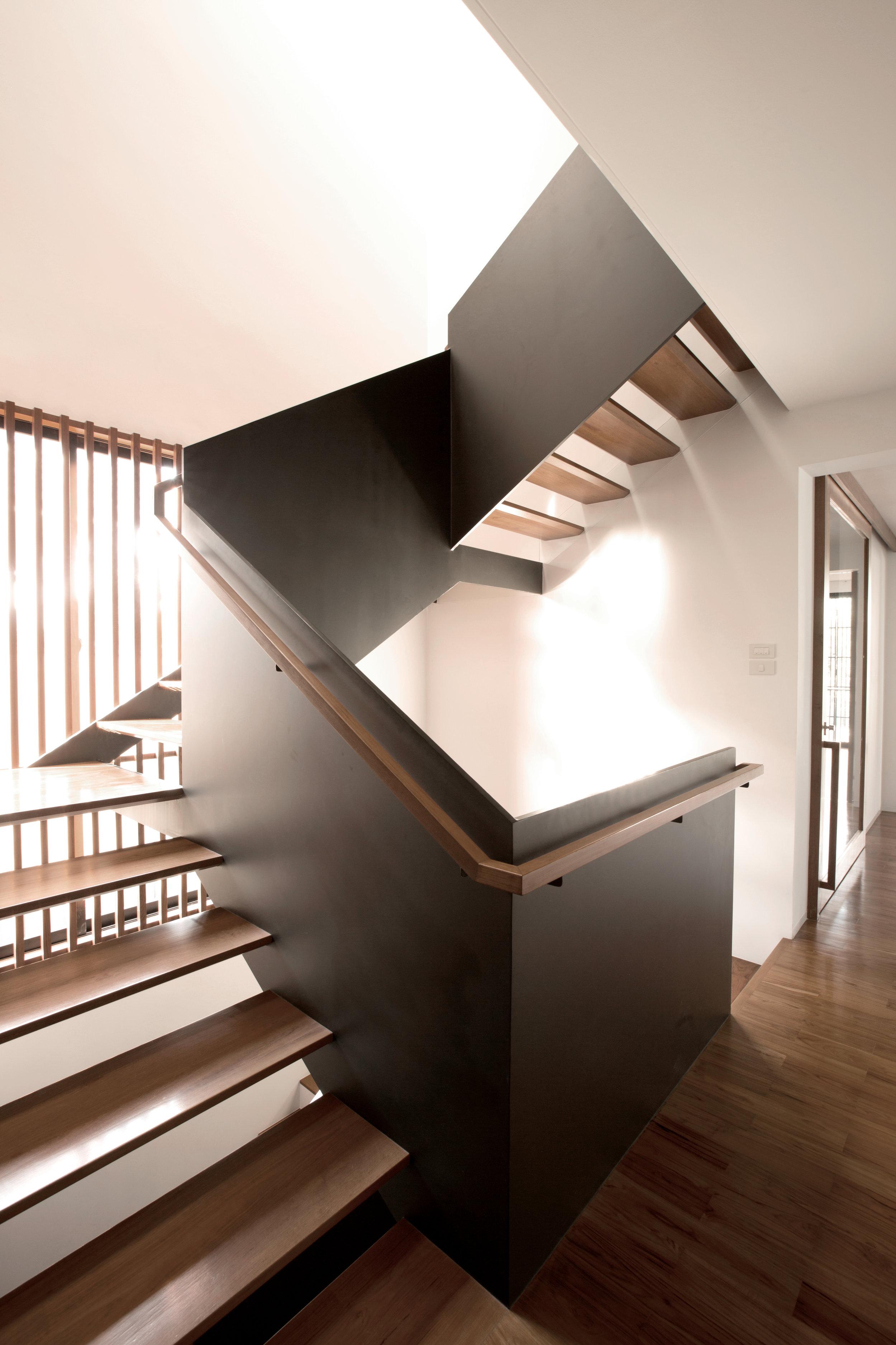 Stairs_068.jpg
