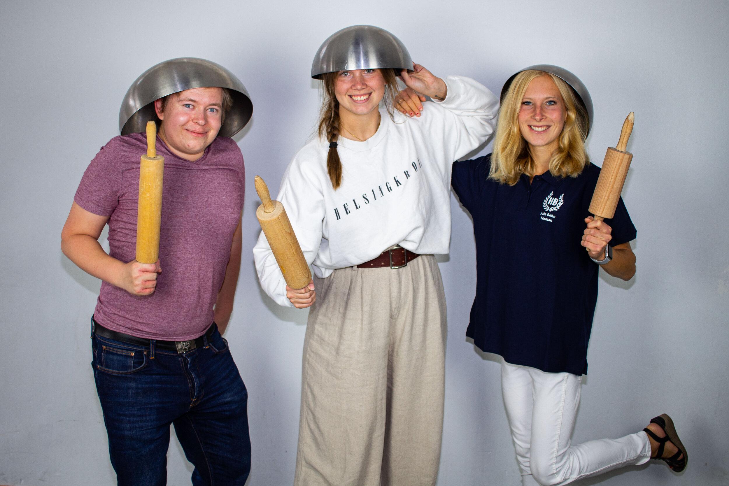 Hugo Norinder, Agnes Dahl och Julia Rehn, Bak- och Tvättförmän.
