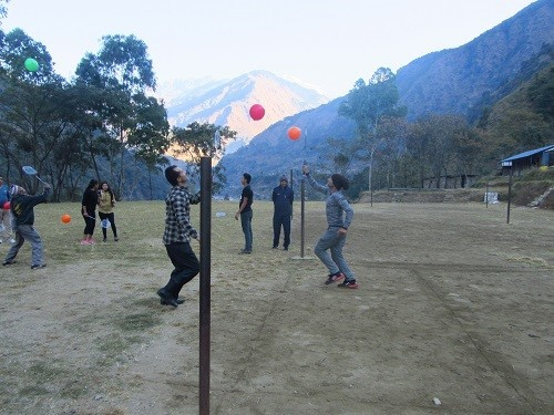 Balloon Play:  FIVB-trained coaches are training the teachers to deliver the sport sessions.