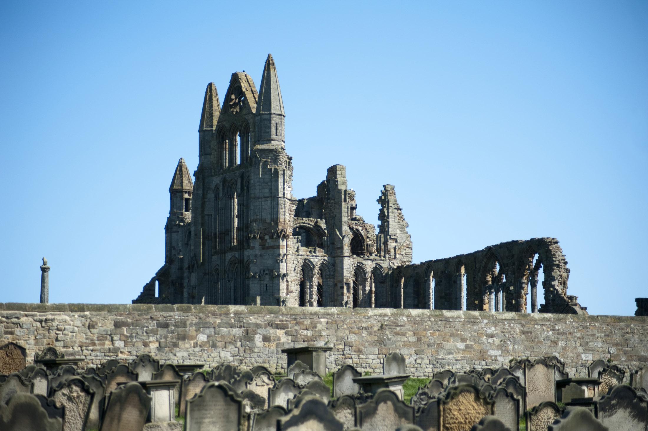 abbey_ruins.jpg