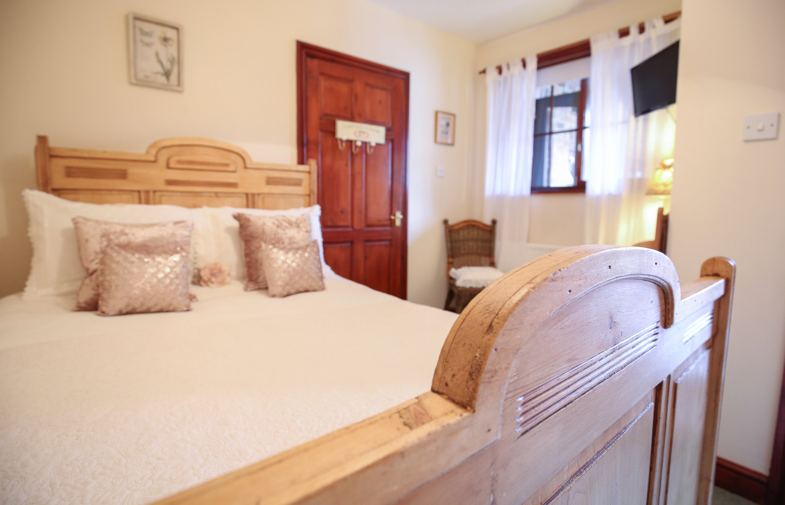 Room 4 - Room 4 is situated on the second floor of the old workshops, and features an en-suite shower. A small, cosy single, it is great for a solo adventures.