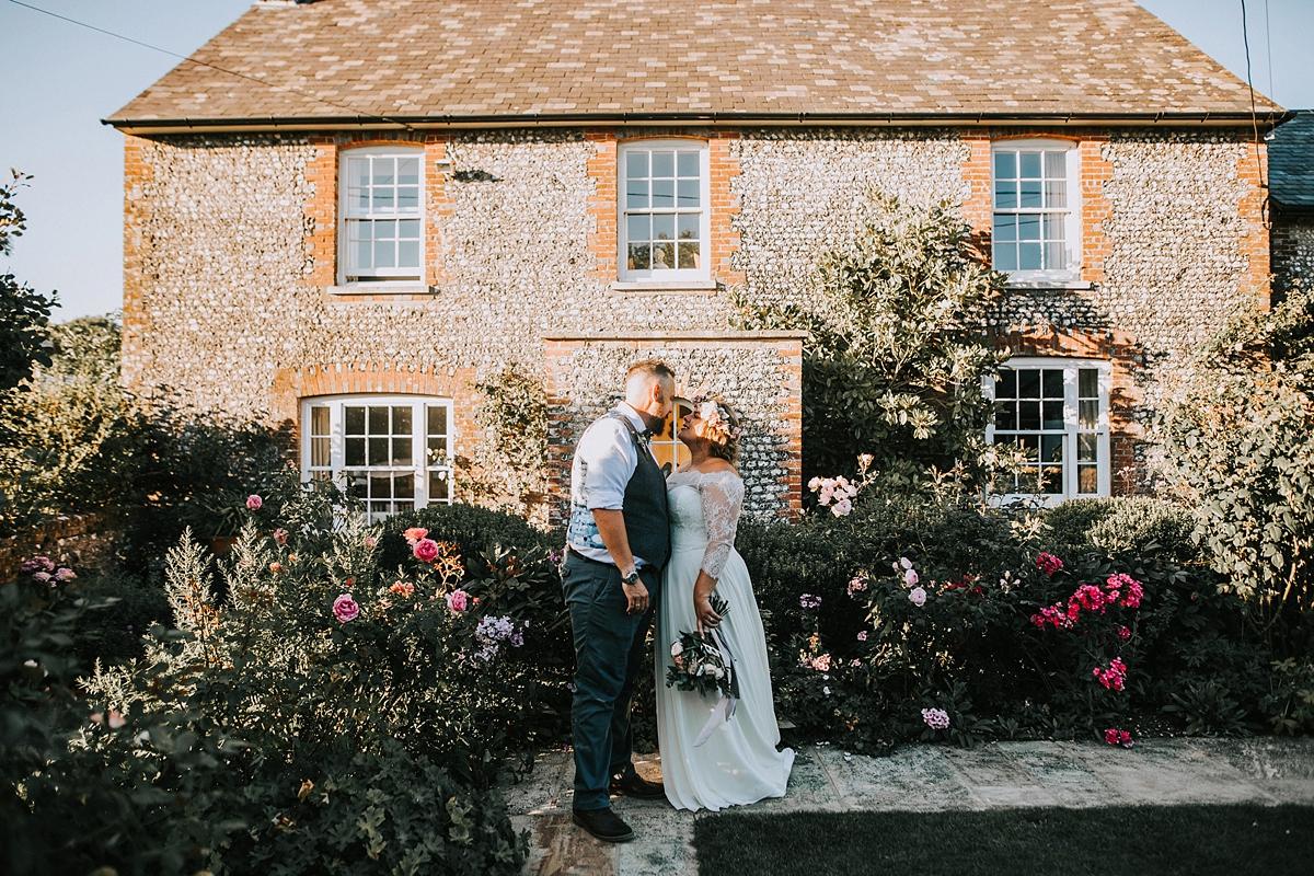 Augusta-Jones-Upwaltham-Barn-wedding-West-Sussex-34.jpg