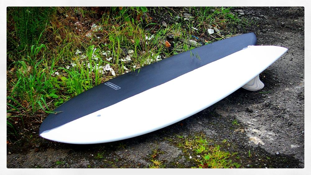 Black and White Retro Fish Surfboard