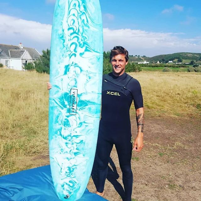 James @manners182 with his Visionary Dolphin from @laneezsurfjersey1999  #visionarysurfboards #customsurfboards #customsurfboard #surfboard #surfboards #dolphin #midlengthsurfboard #jerseysurf  Www.visionarysurfboards.co.uk