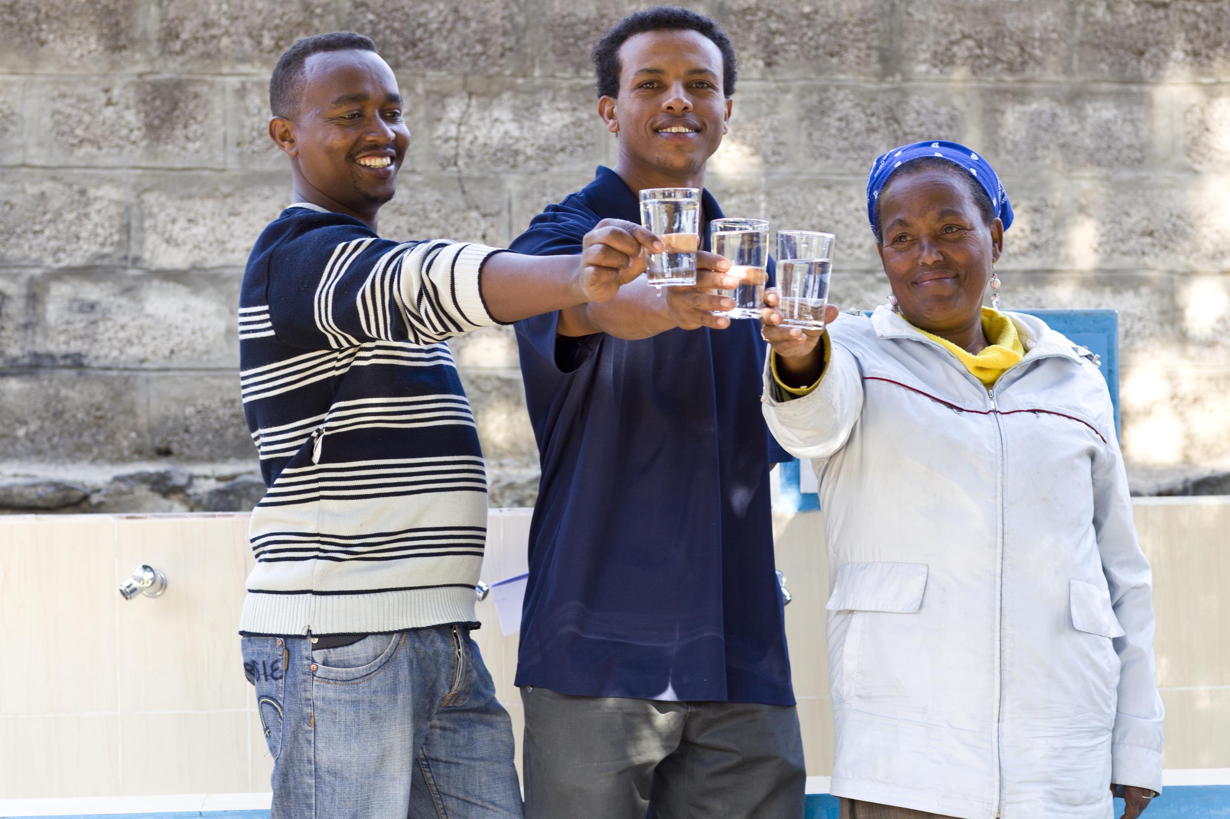 Staff with clean water, Splash