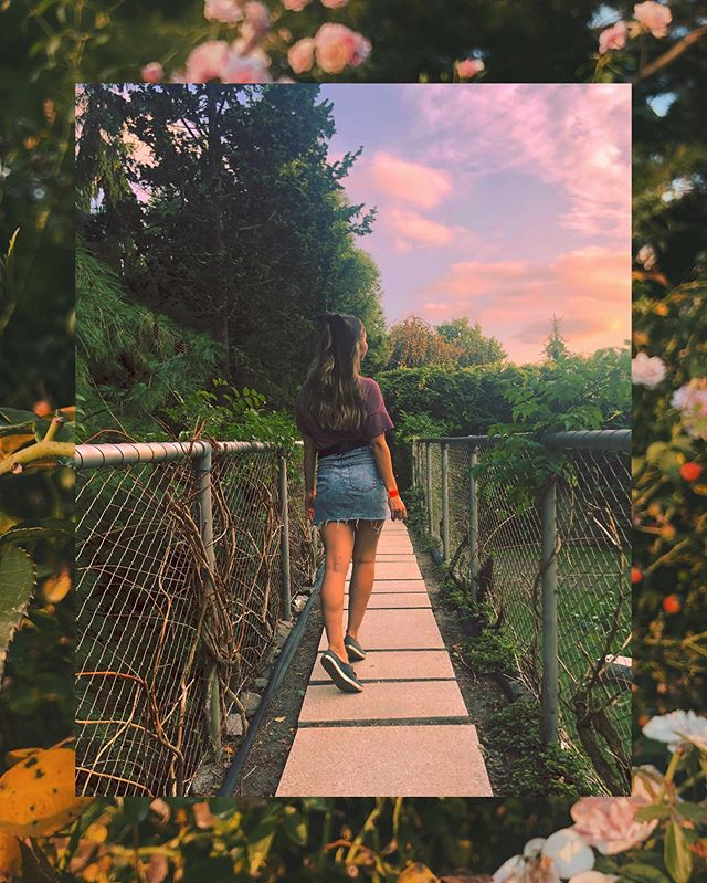 Feeling like Allison-in-Wonderland 🌺🌻