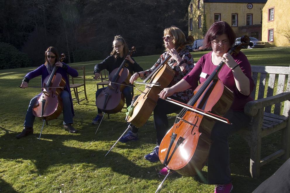 Cello circle 2.jpg