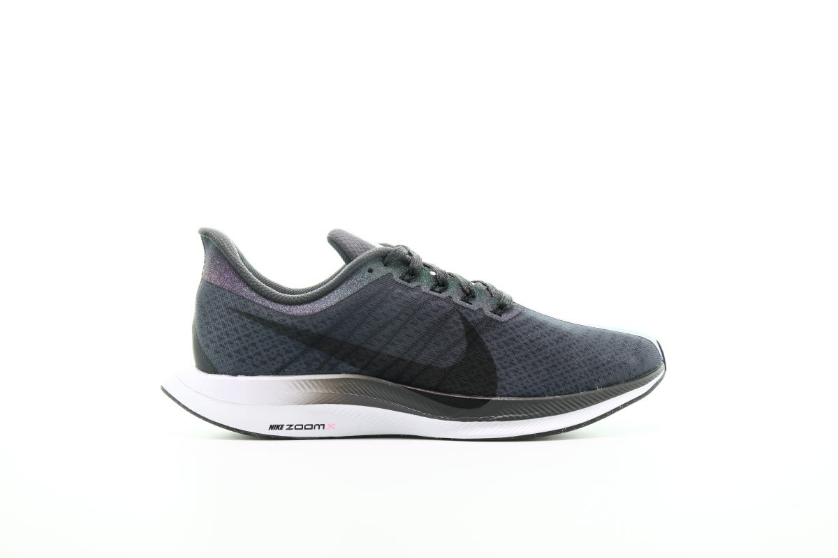 afew-store-sneaker-nike-zoom-pegasus-turbo-betrue-anthracite-black-dark-grey-white-38.jpg