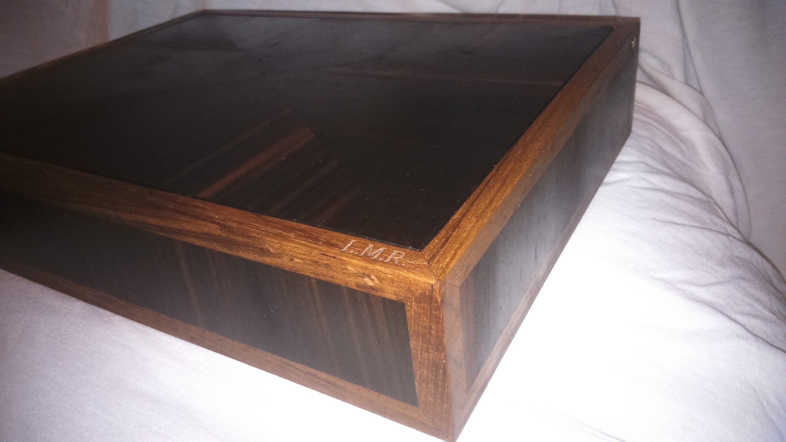 Keepsake box for my daughter in ebony and teak