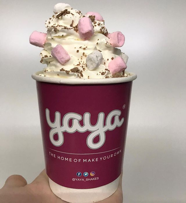 YAYA Hot Chocolate topped with whipped cream and mini marshmallows 😋😻 £1.30  Available now! #winterwarmer