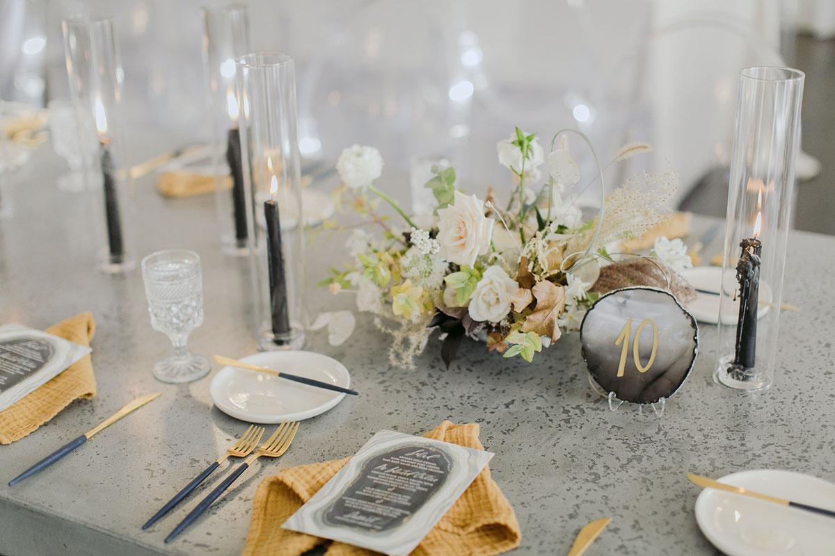 NEWPORT ORGANIC CONTEMPORARY WEDDING by Boston based designer mStarr design