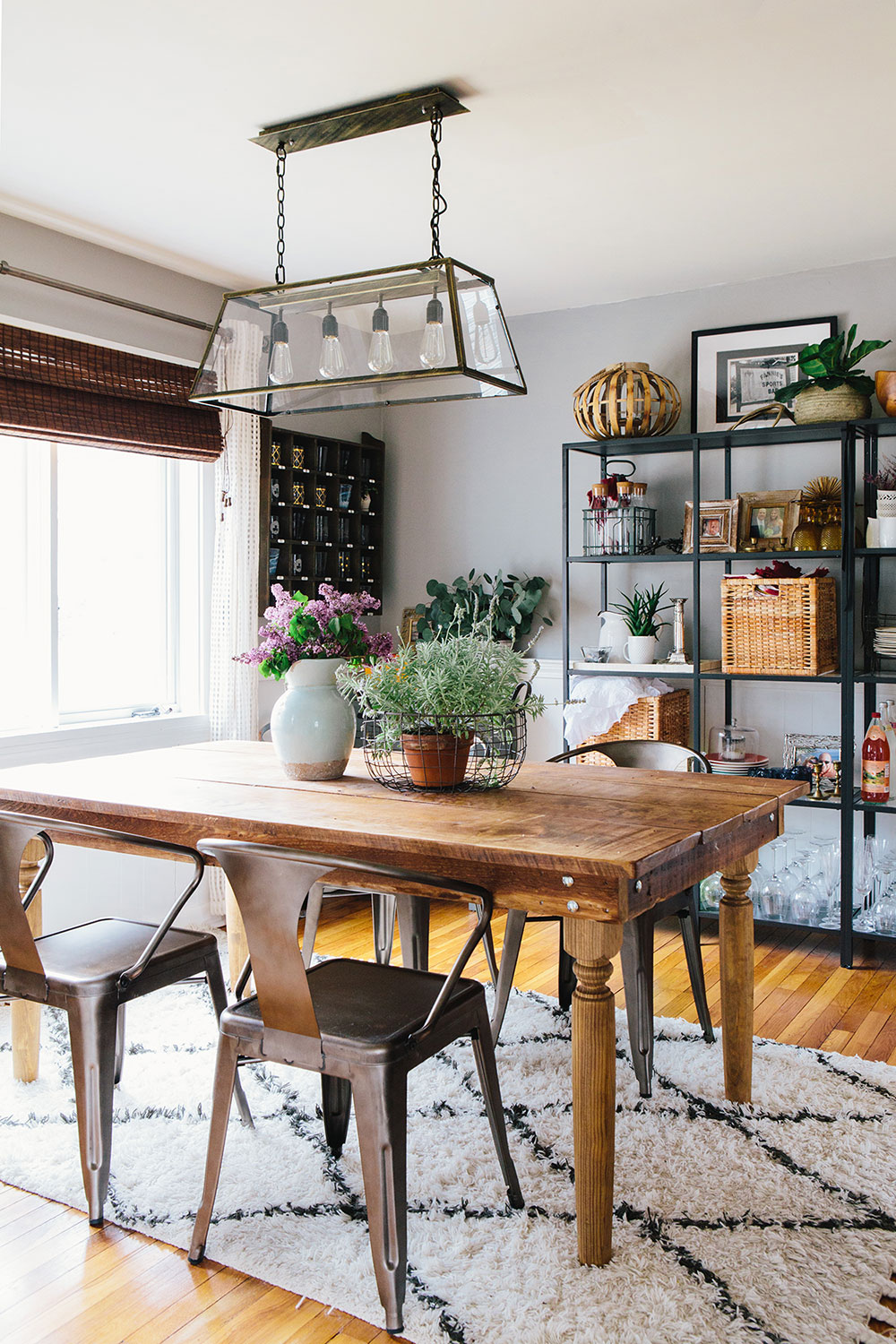 #farmhousedialfano dining room / circa early 2015 on design*sponge / photo by  joyelle west